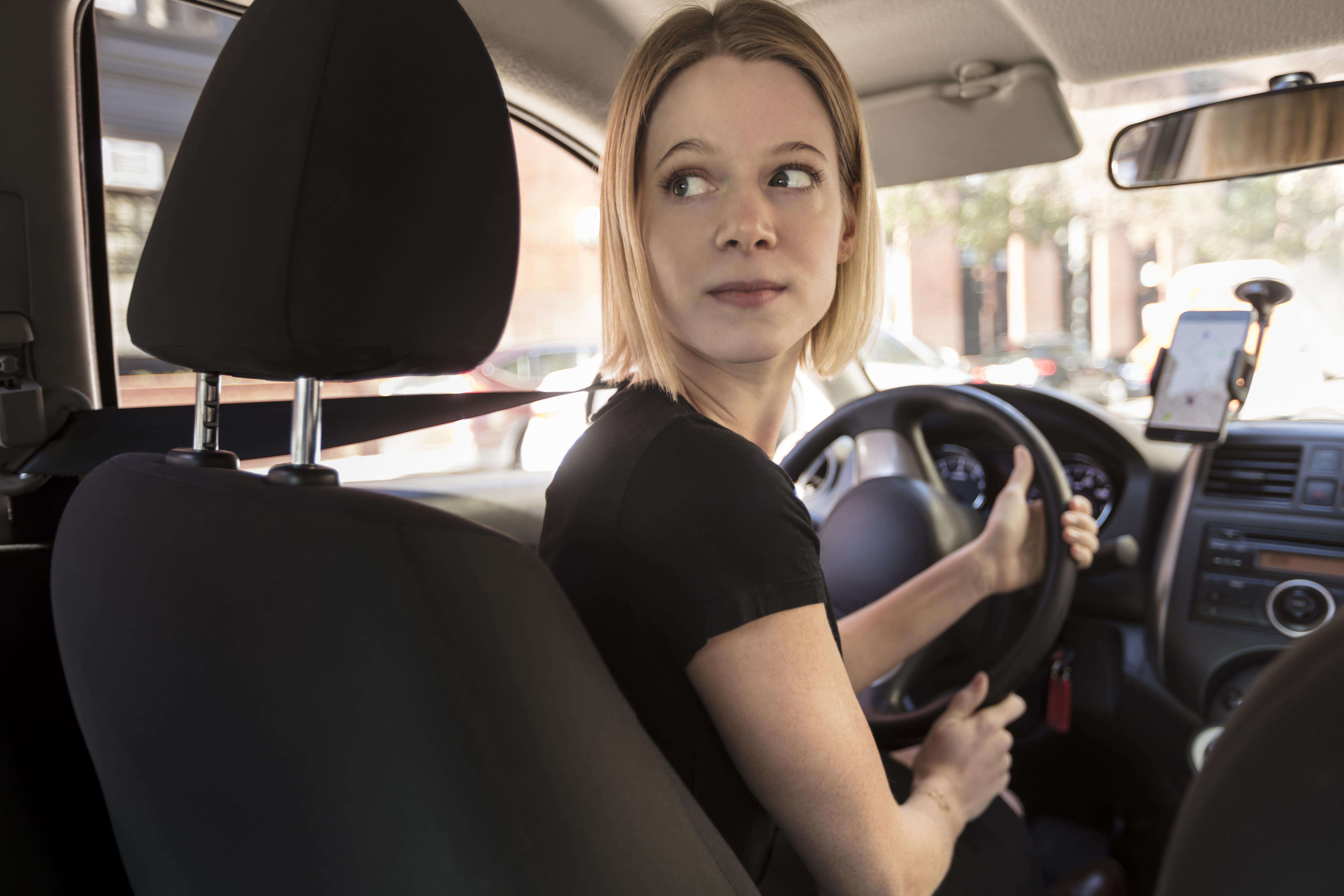female uber drivers earn less