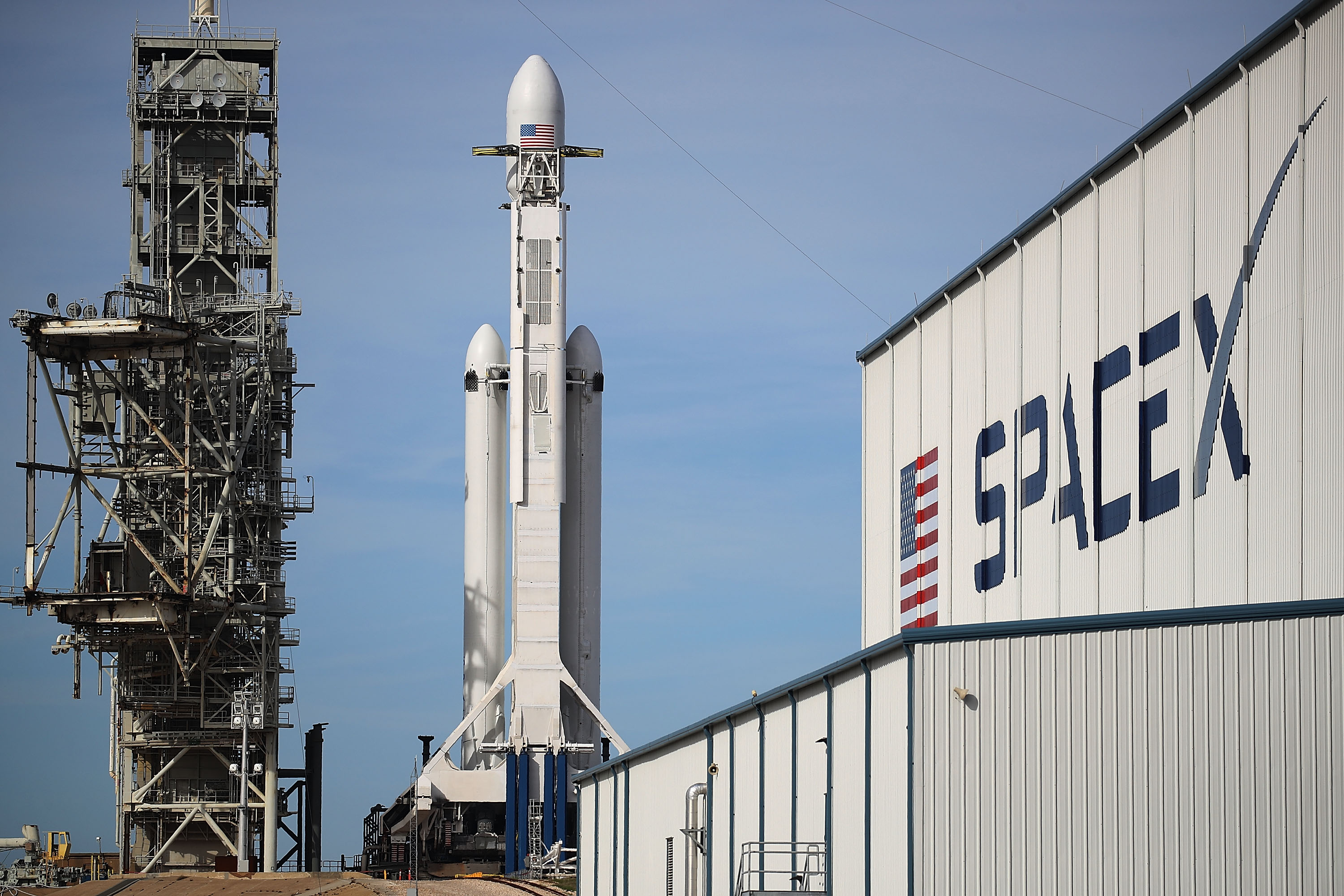SpaceX To Launch First Heavy Lift Rocket In Demonstration Mission