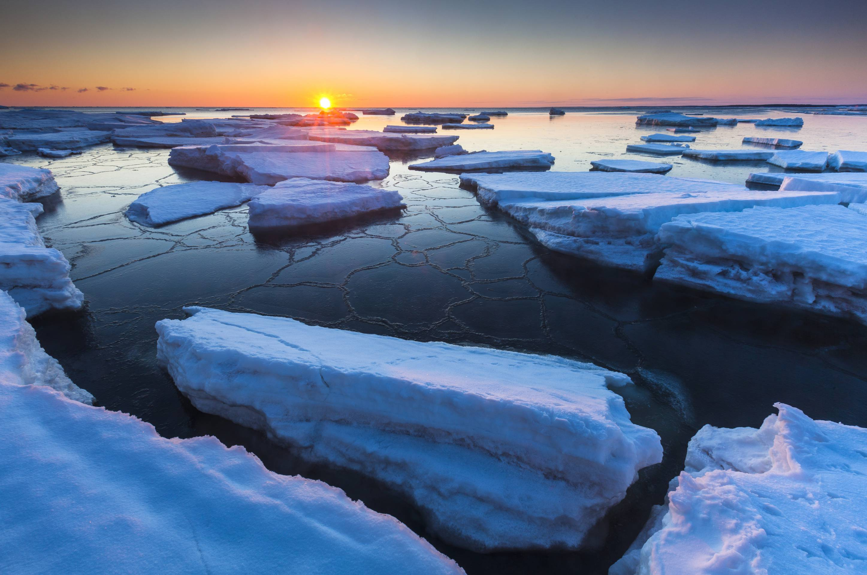 spring break-up of sea ice, Gulf of St. Lawrence, Prince Edward Island National Park