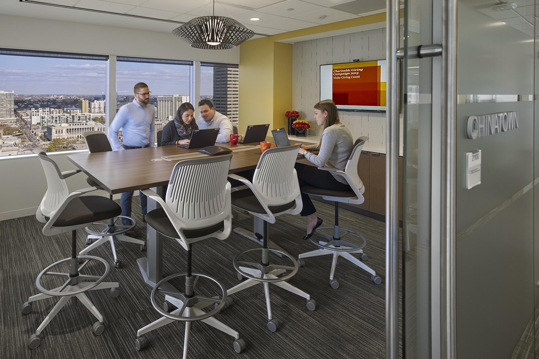 PwC-100-best-companies-hiring