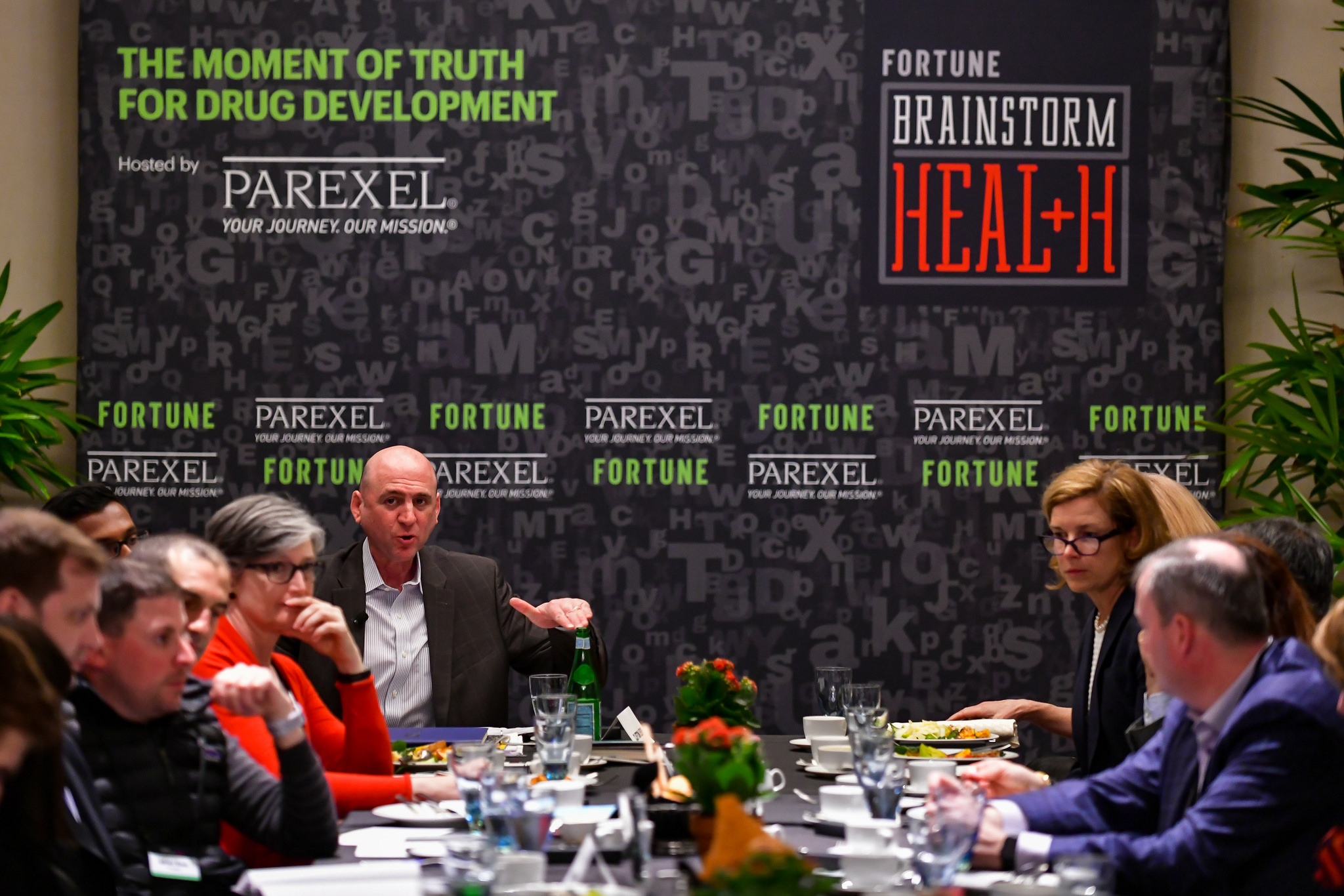 Fortune editor-in-chief Clifton Leaf addressing a room of industry experts at the 2018 Fortune Brainstorm Health conference in Laguna Niguel, Calif.