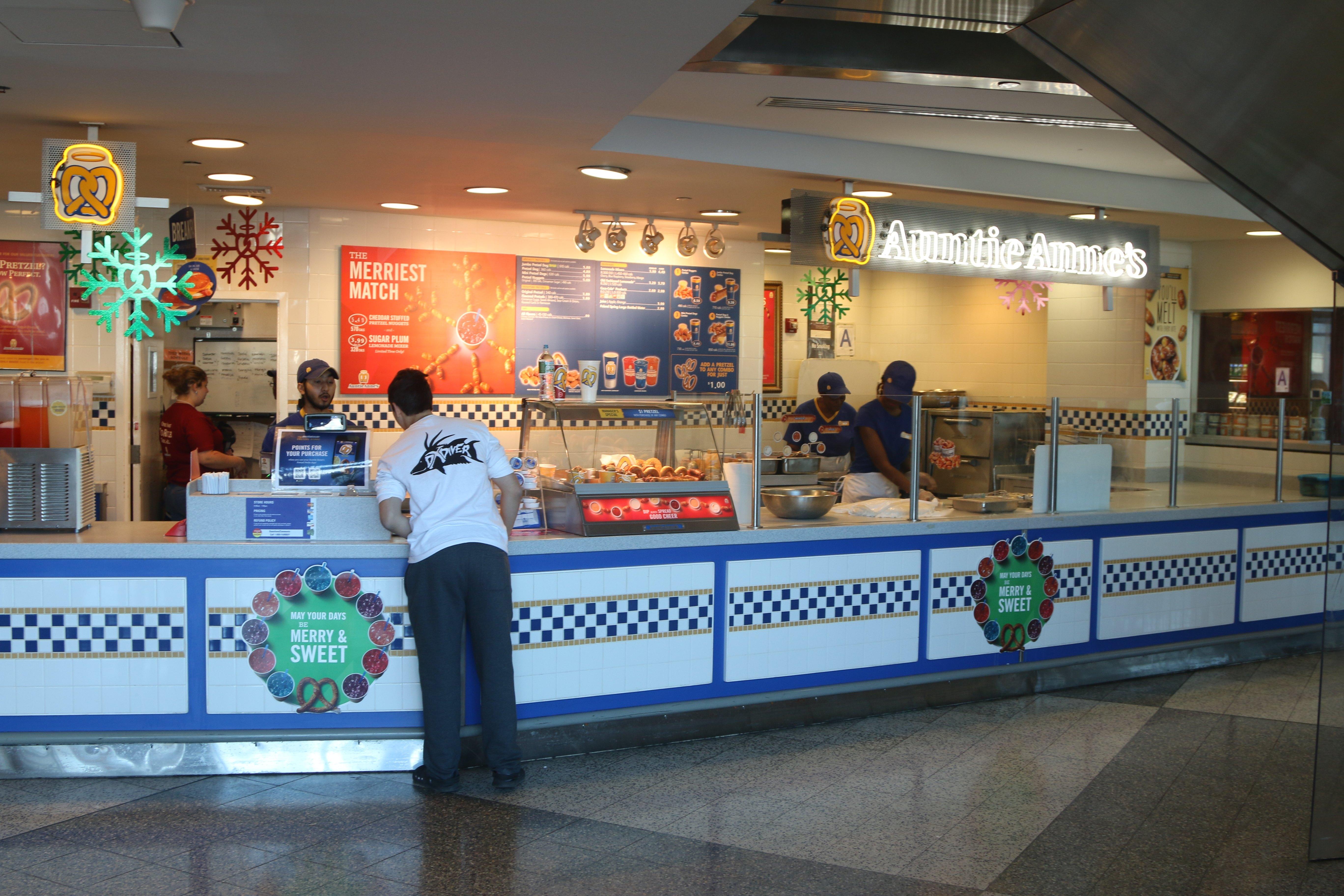 Food Court Inside Of LaGuardia Airport