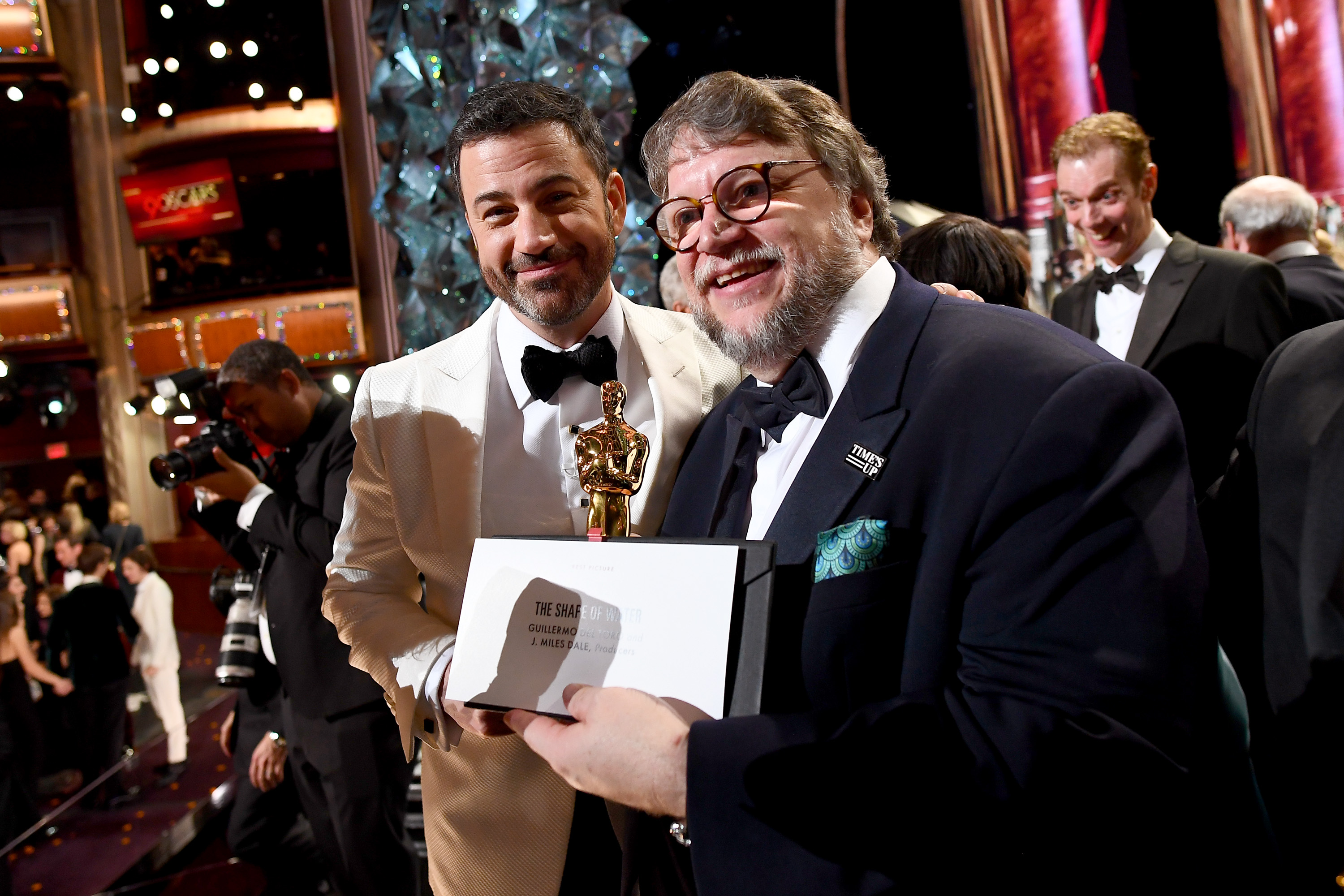 Jimmy Kimmel and Guillermo del Toro at the 2018 Oscars