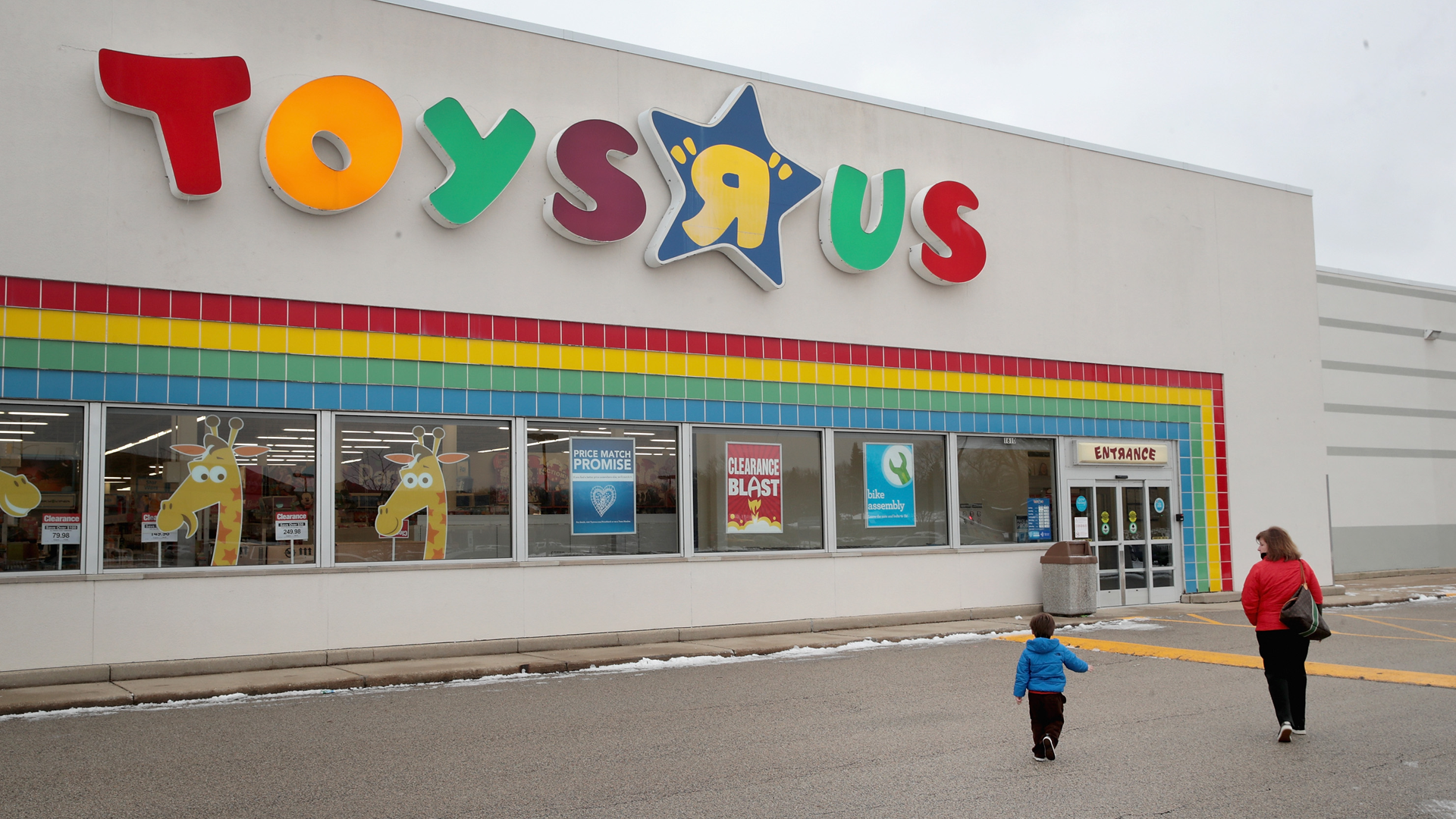 4e7323bf327 Toys 'R' Us Is Closing Its Stores — But Who Will Take the Space? | Fortune