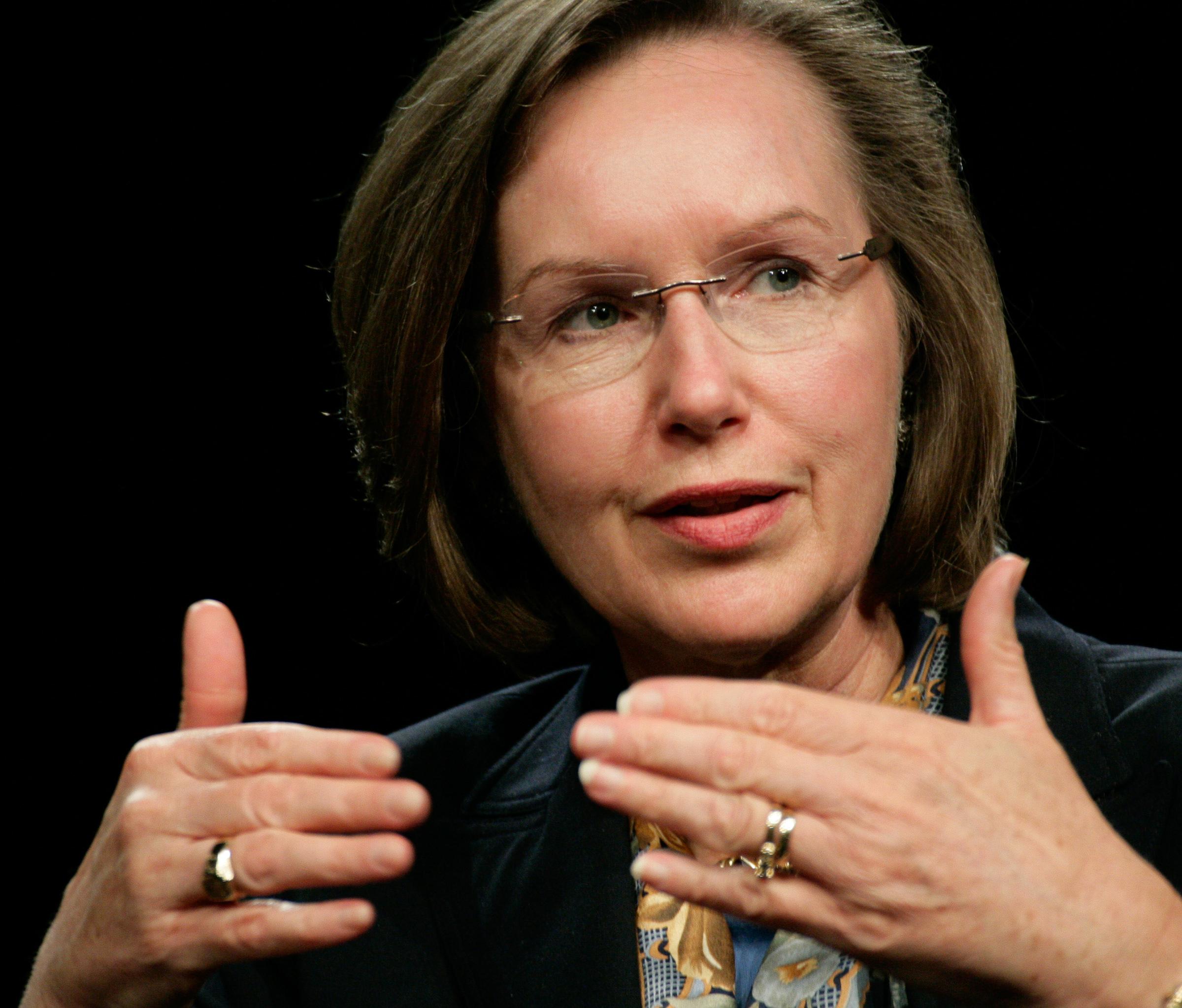 Lynn Elsenhans, former Sunoco chairman, is Saudi Aramco's first female director