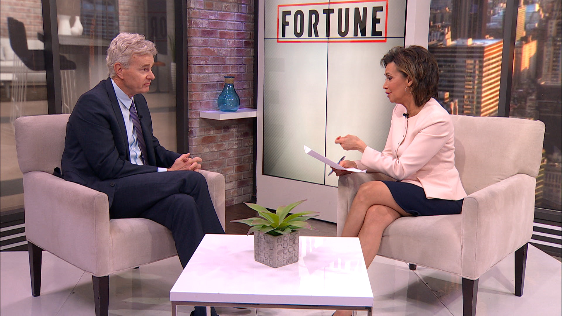 Susie Gharib interviews Insight Enterprises CEO Ken Lamneck