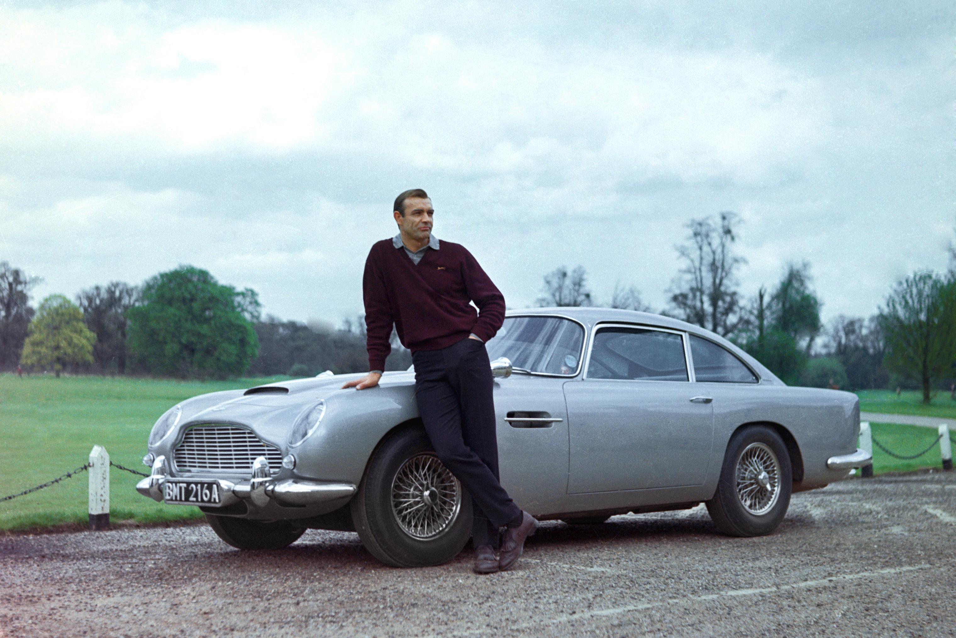 Aston Martin Goldfinger Sean Connery
