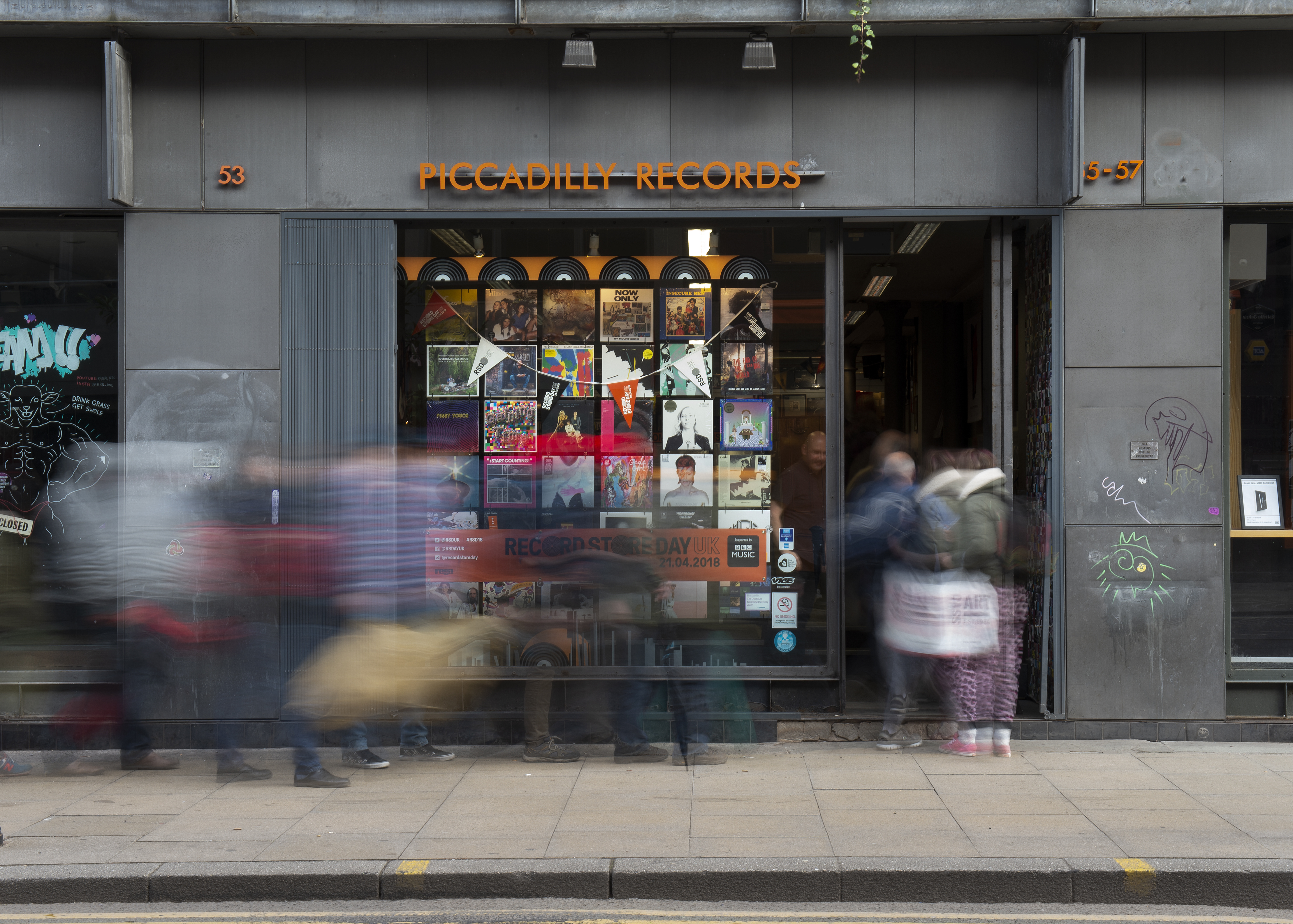 Queues outside Piccadilly Records for Record Store Day