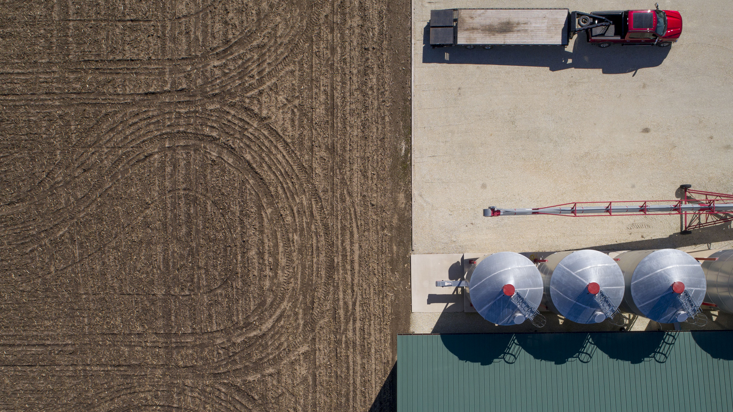 Operations During DuPont Pioneer Corn And Soybean Deliveries