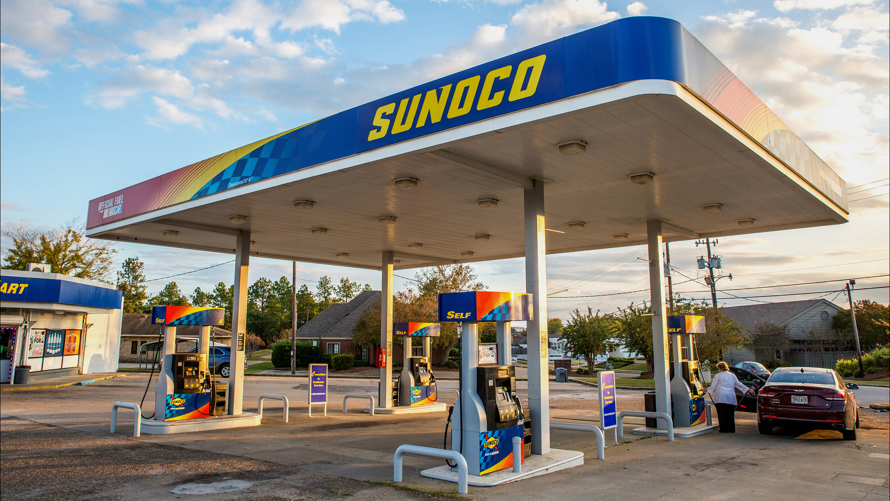 Sunoco LP Gas Stations Ahead Of Earnings Figures
