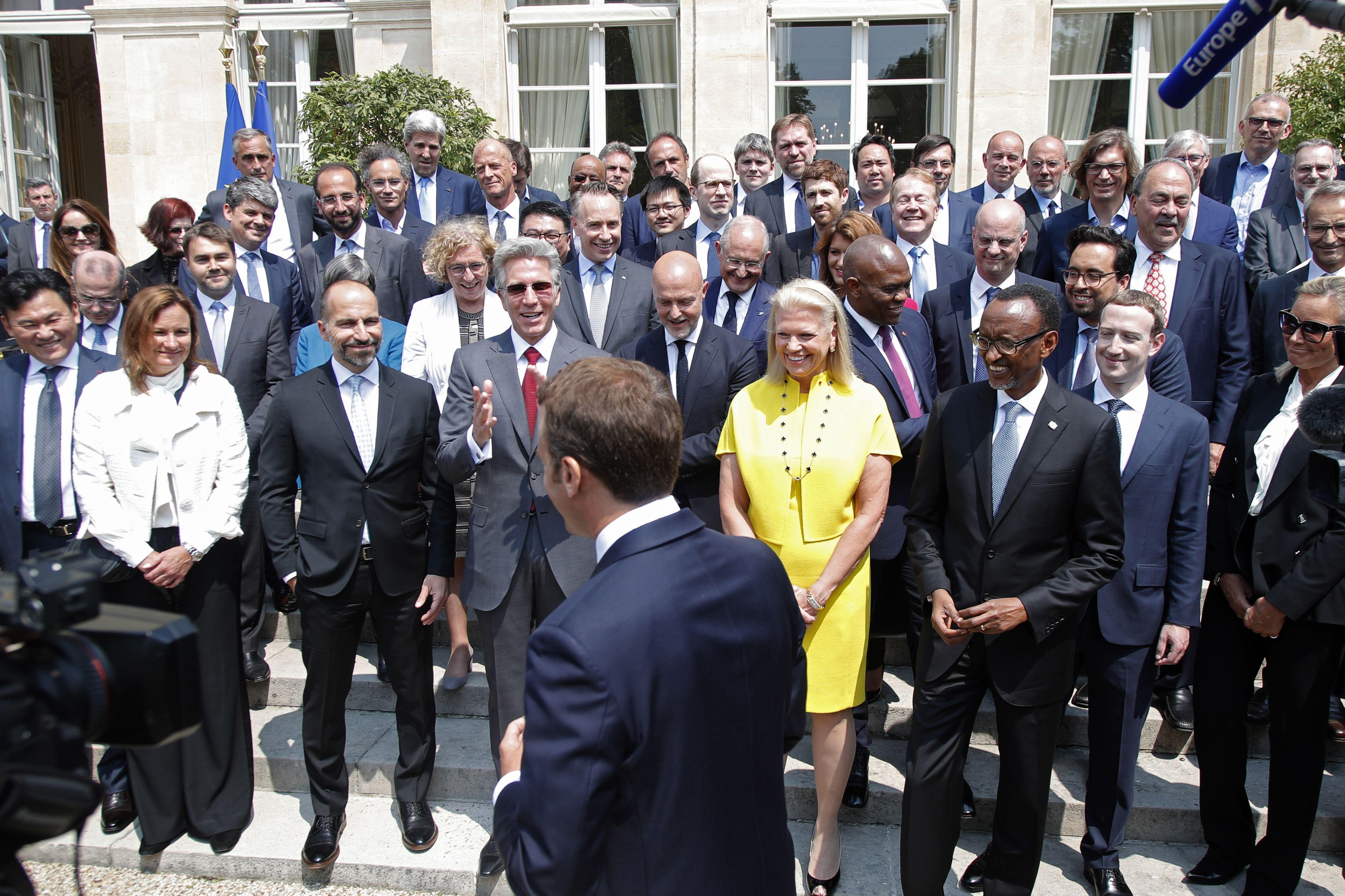 FRANCE-TECHNOLOGY-POLITICS-GOVERNMENT-ECONOMY