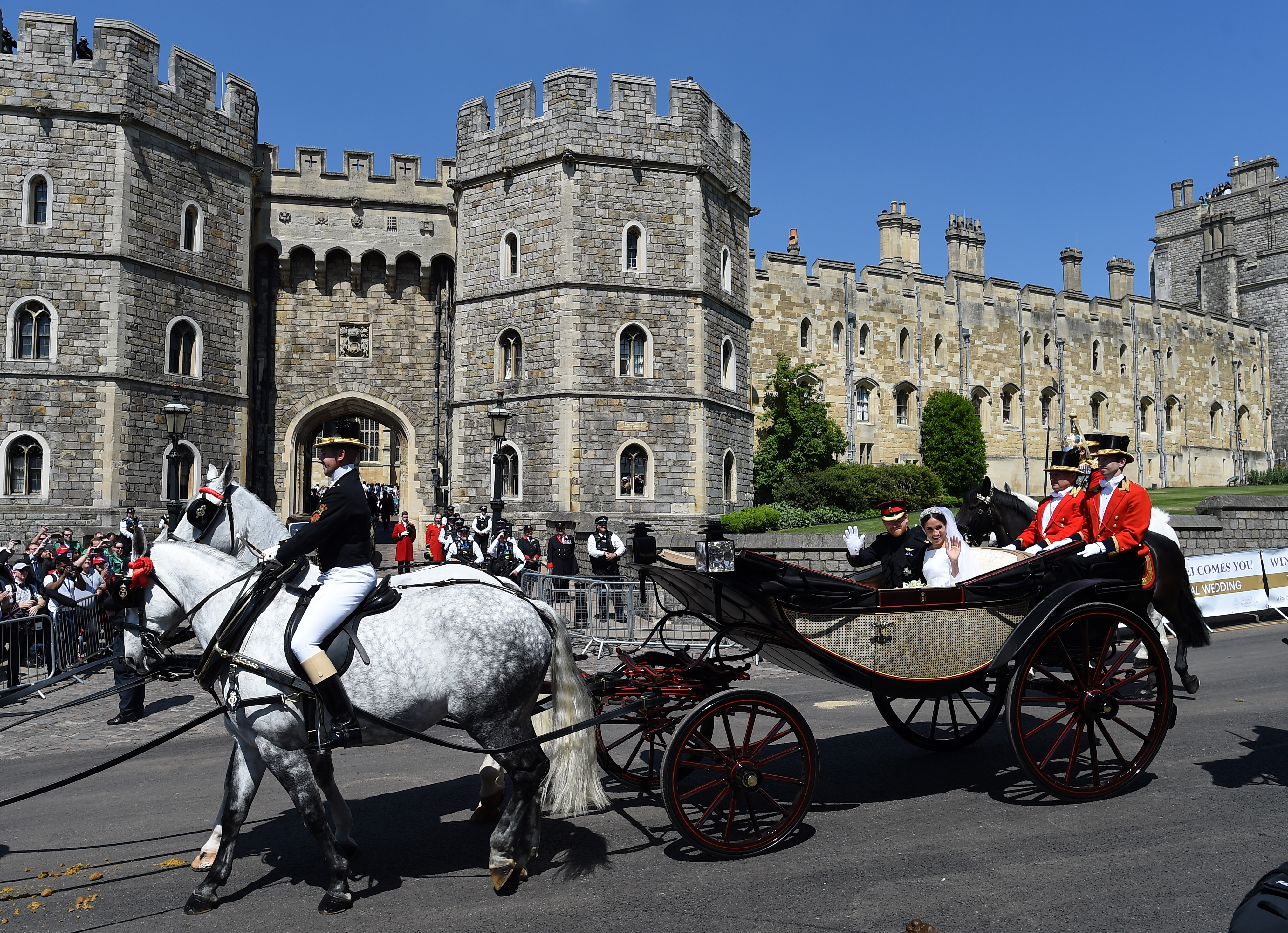 royal wedding cars see the regal rides vintage to electric fortune https fortune com 2018 05 19 cars at royal wedding