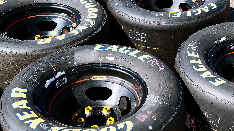 AUTO: MAR 12 NASCAR XFINITY Series - Axalta Faster. Tougher. Brighter. 200