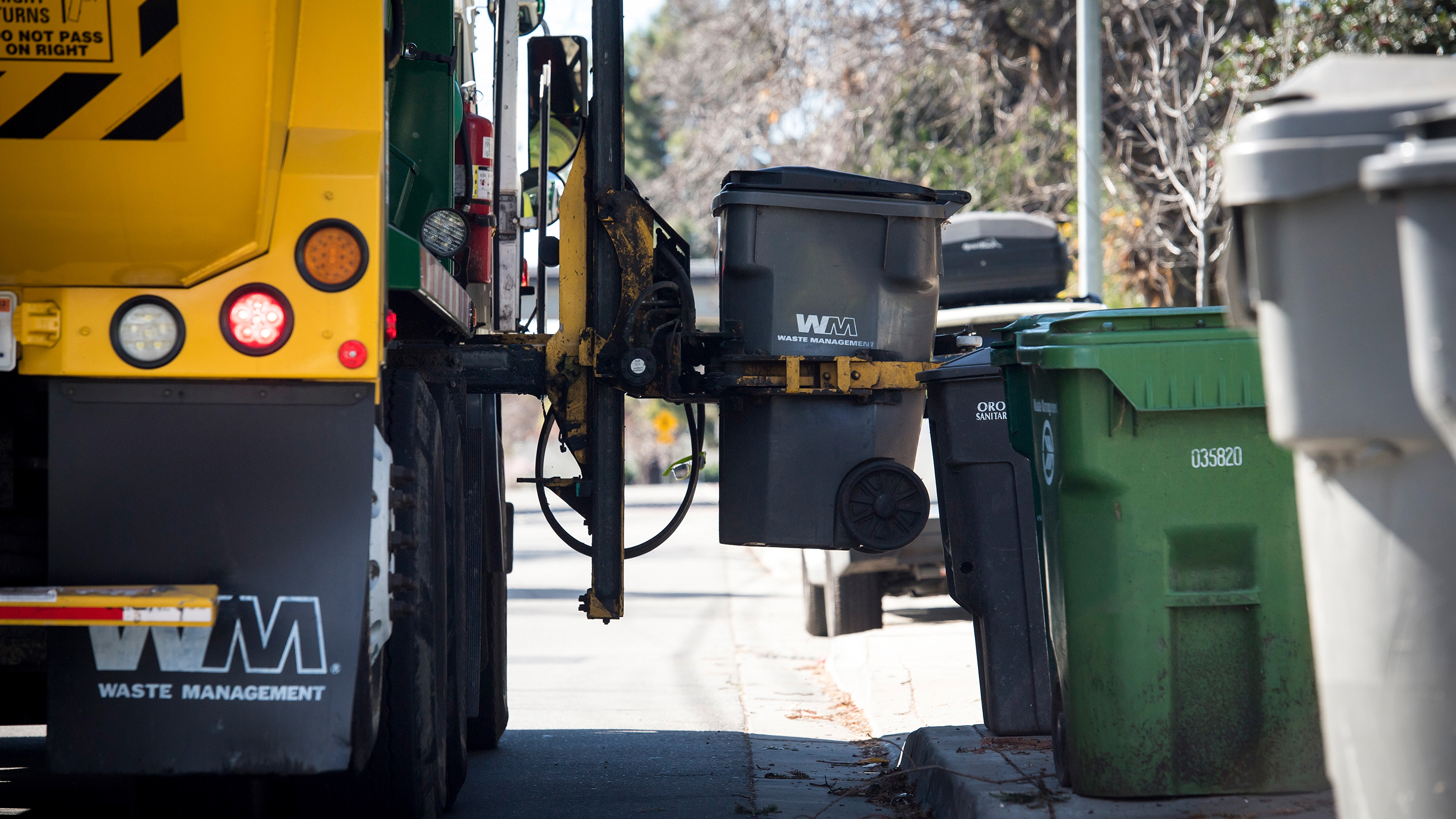 Waste Management Inc. Trash Pick Up Ahead Of Earnings Figures