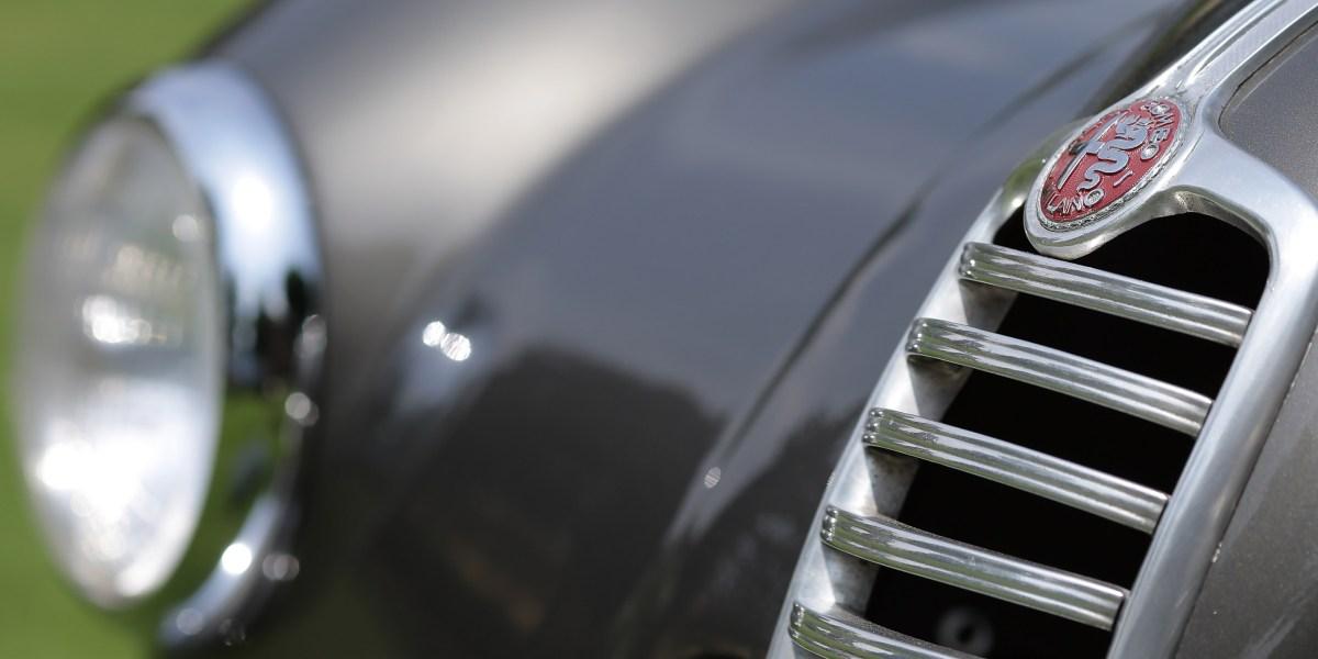 Alfa Romeo Is Planning 700-Horsepower 8C Supercar