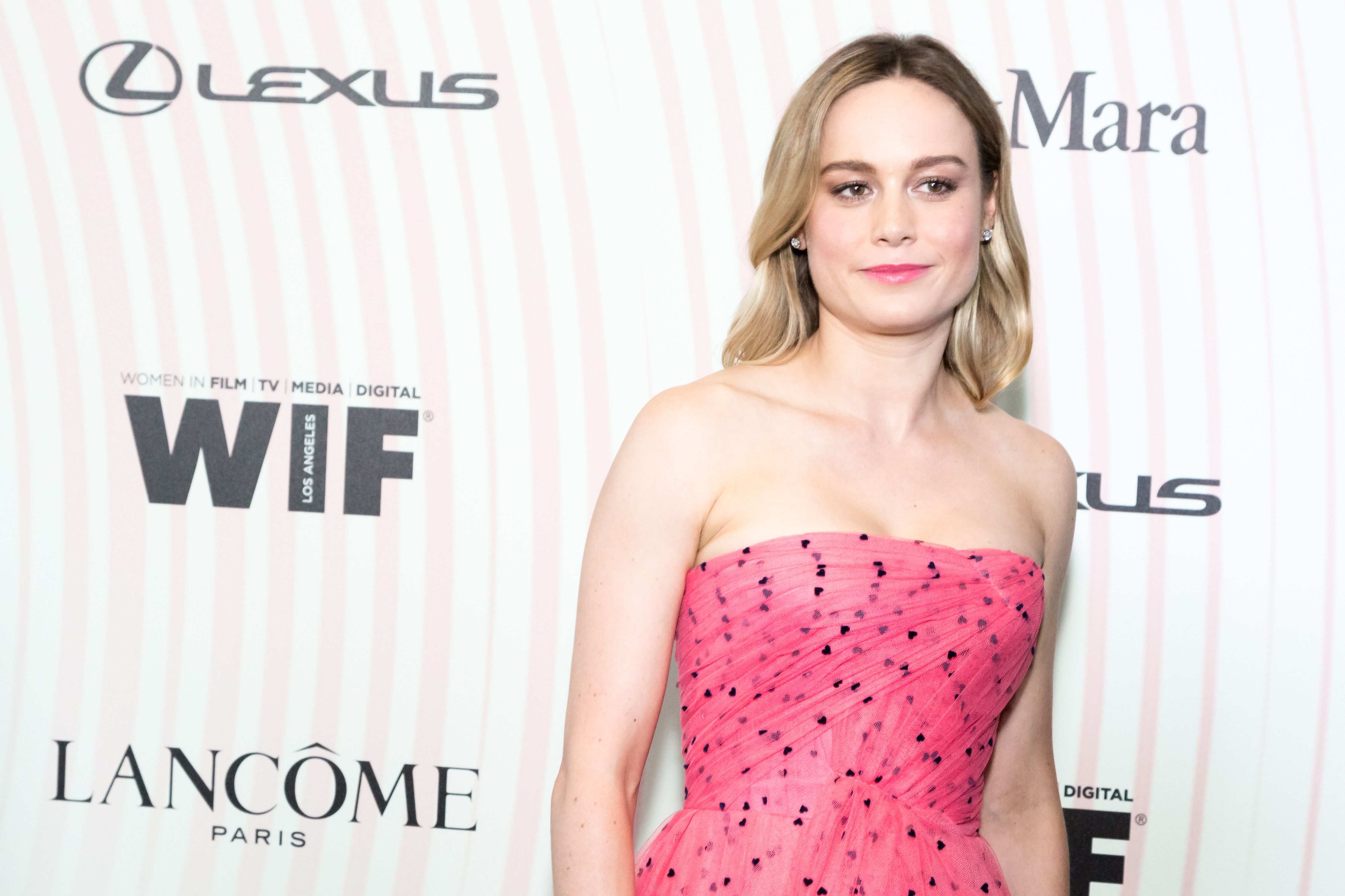Brie-Larson-Crystal-Lucy-Award