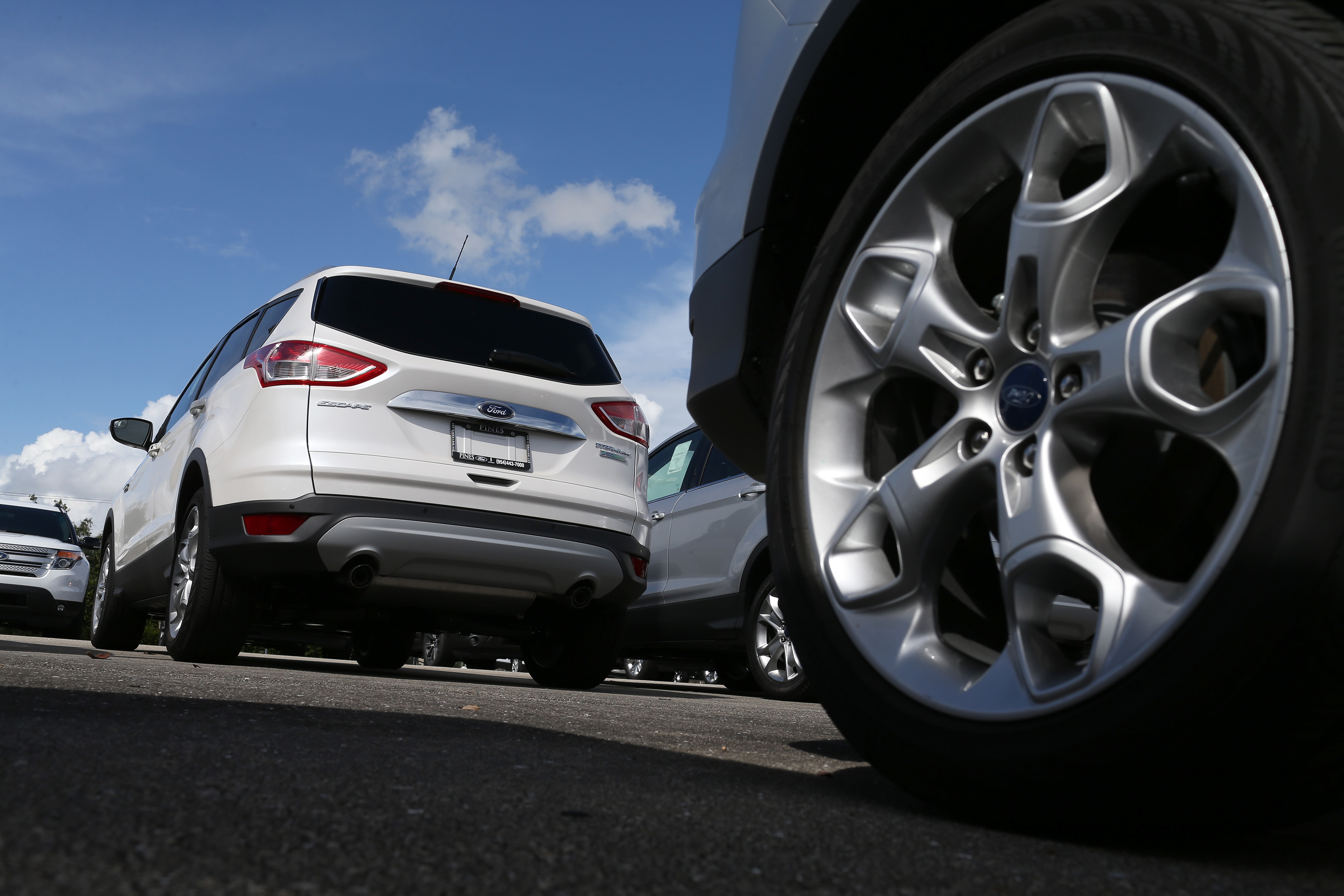 Ford Issues Recall For 850,000 2013-14 Vehicles