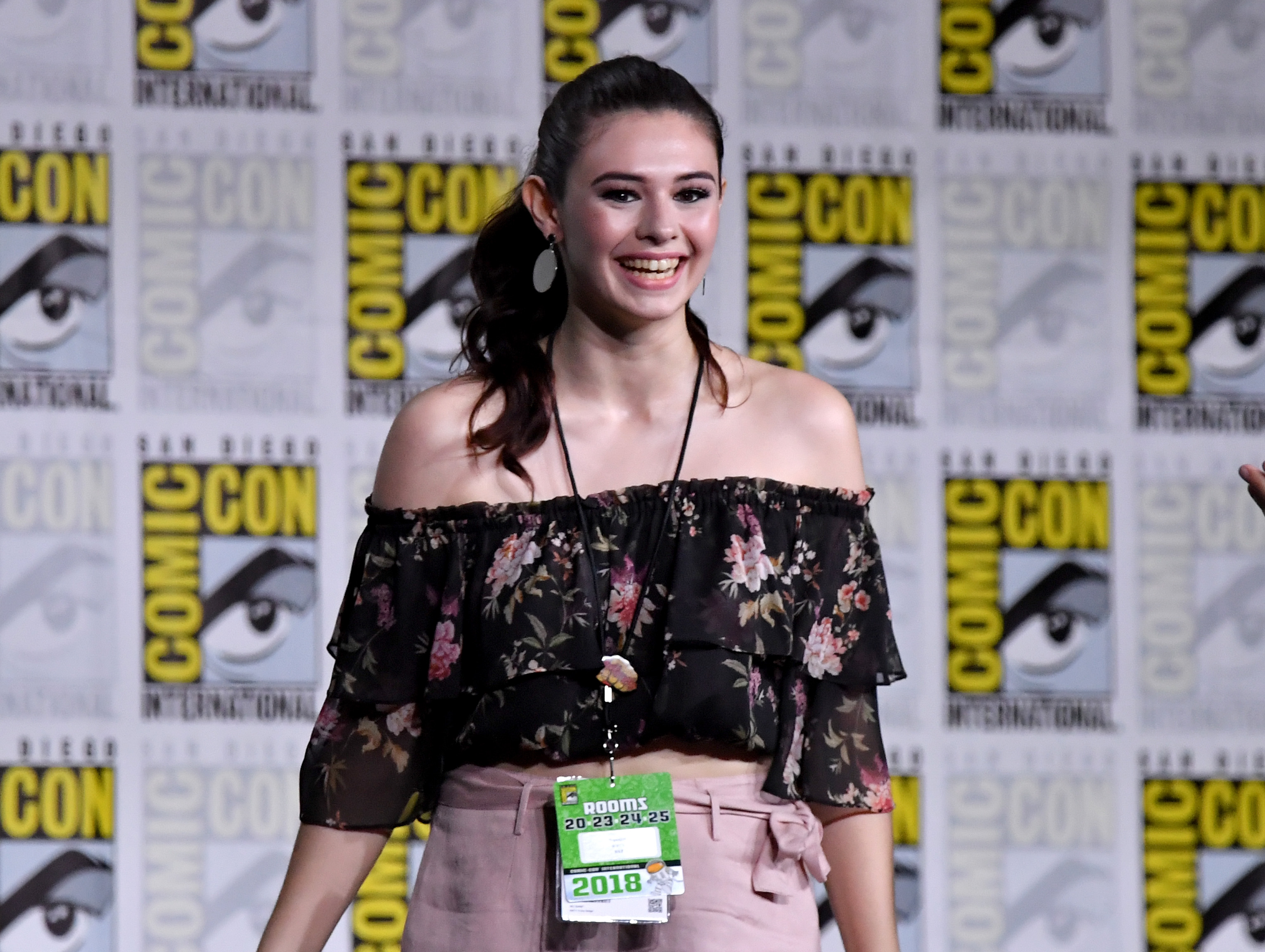 Nicole Maines at Comic Con