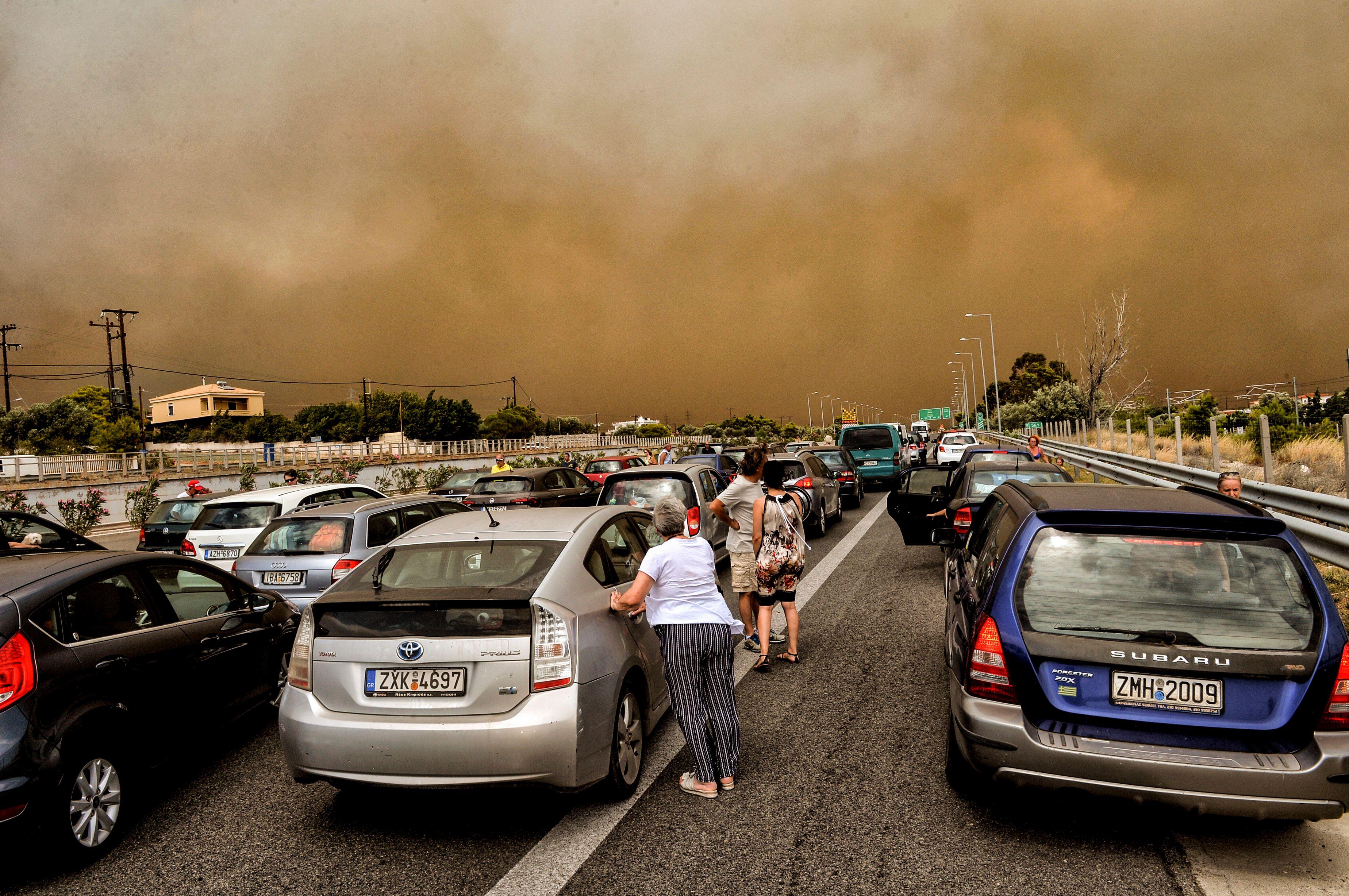 TOPSHOT-GREECE-FIRE