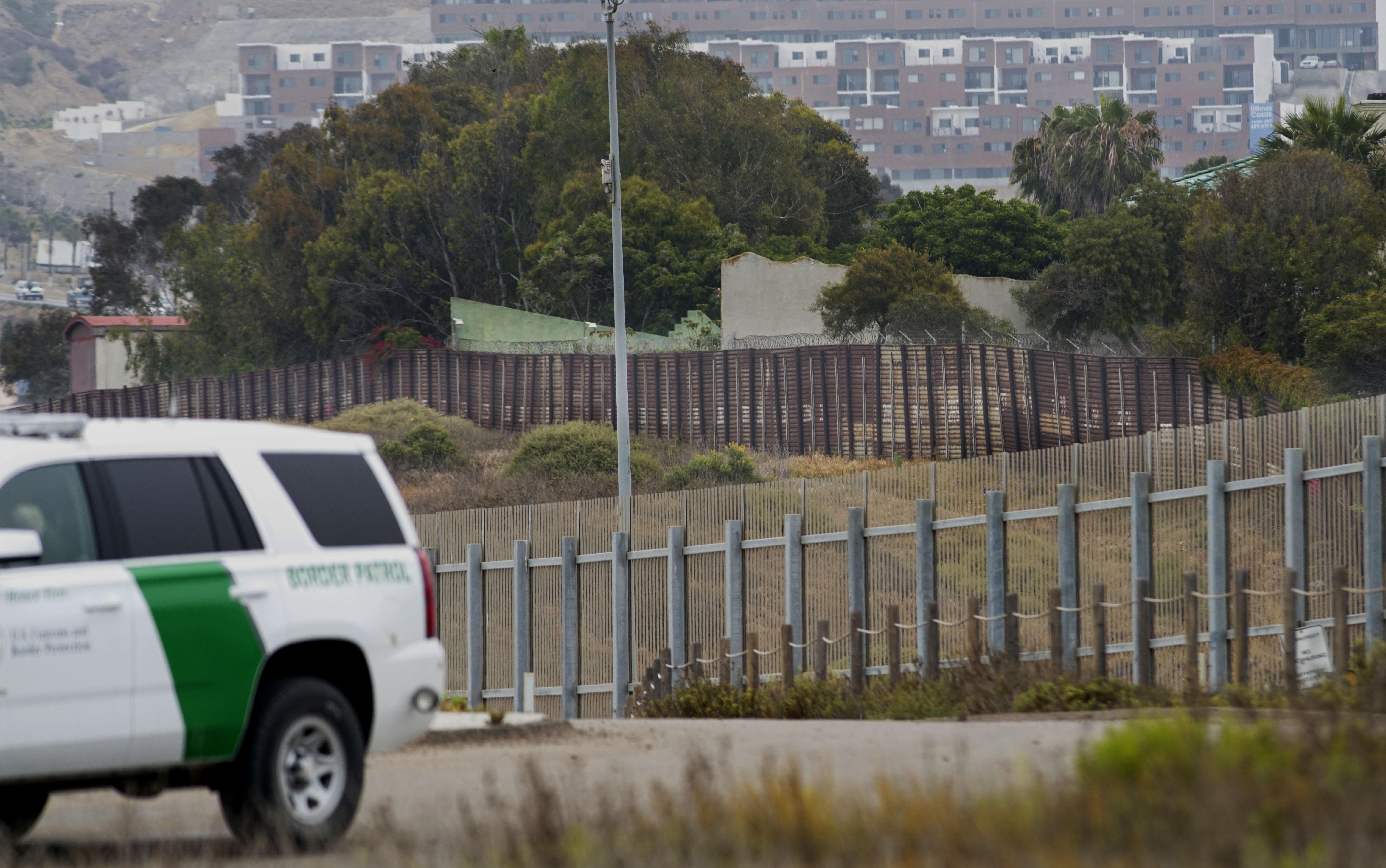 US-MEXICO-POLITICS-SECURITY-BORDER