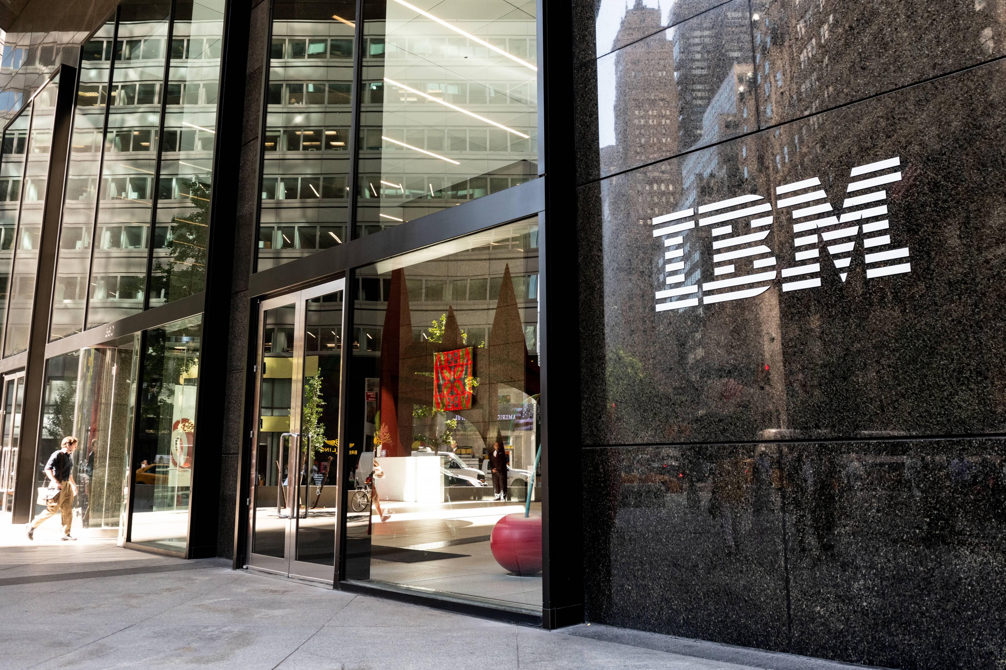 IBM BLockchain bitcoin barclays citi