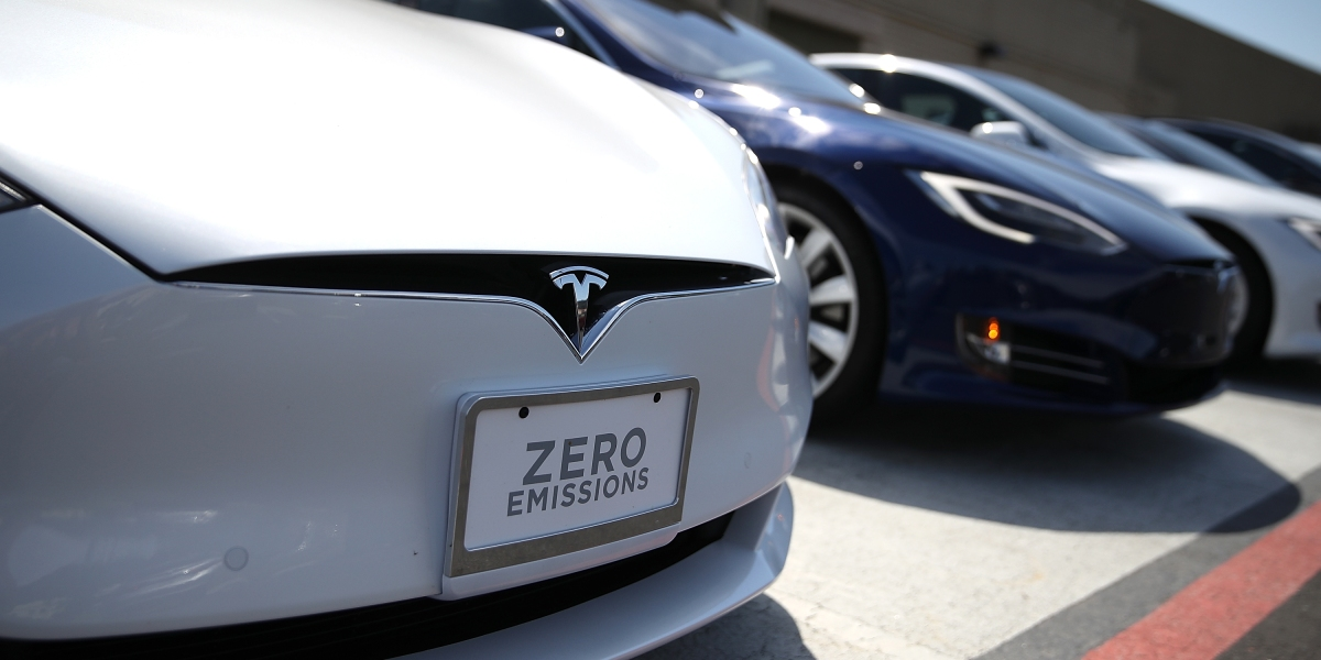 Tesla Has Proven It Can Sell Cars  Fixing Them? Not So Much