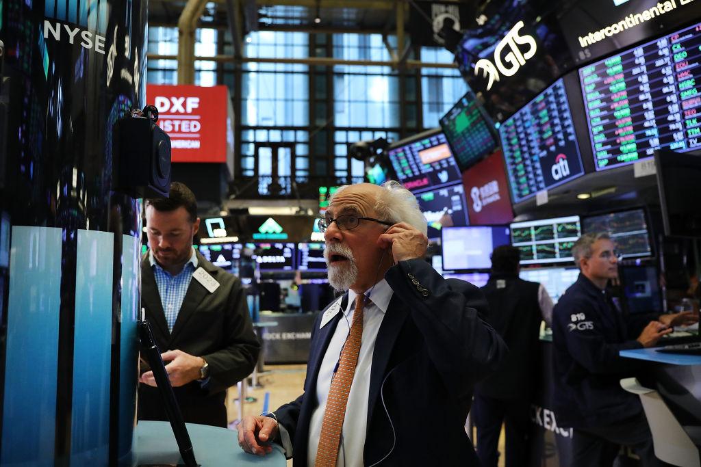 Stocks Close Higher On Dow Jones Industrials Average