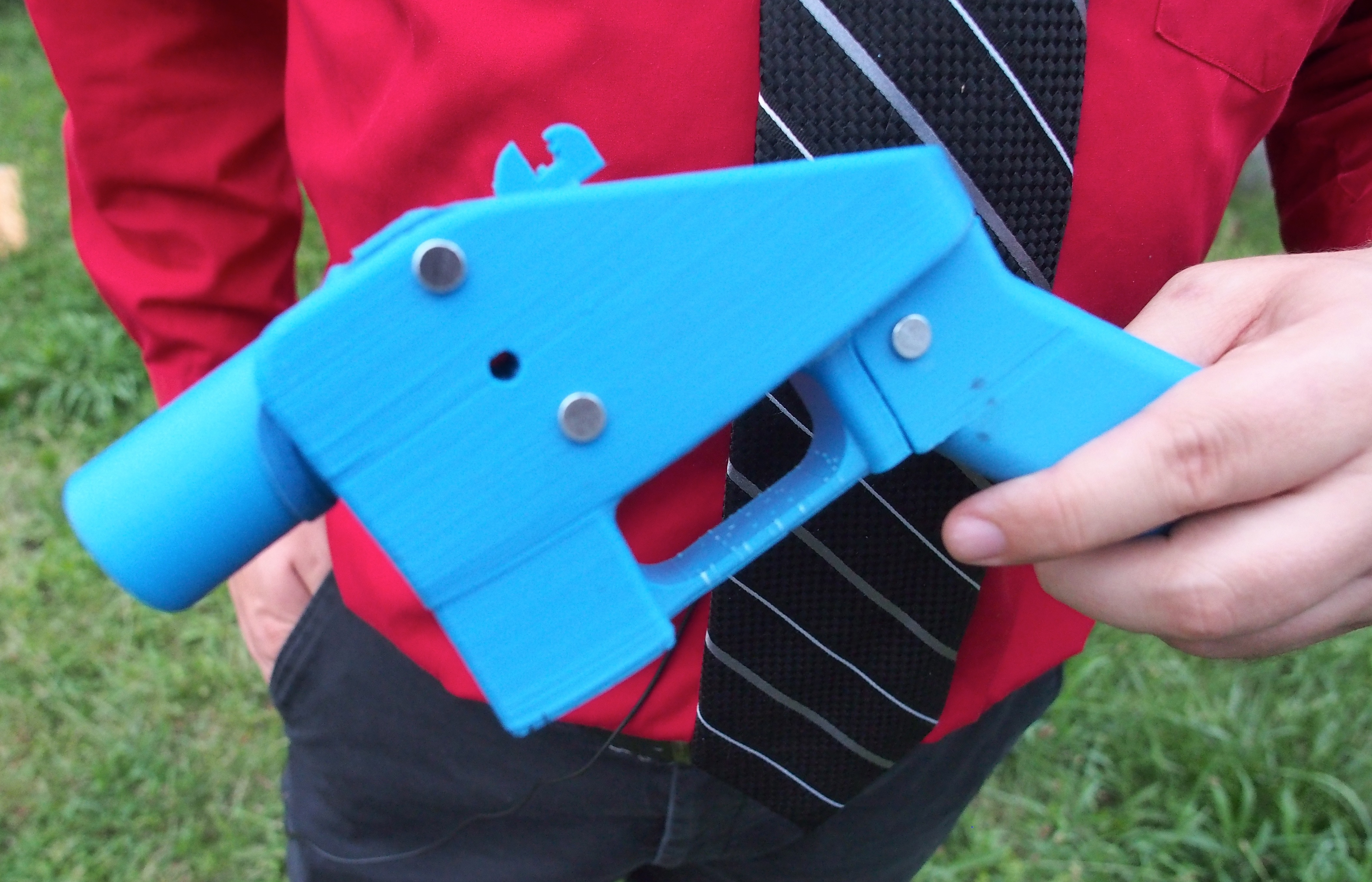 Facebook is blocking links to sites that share 3D-printed gun blueprints.
