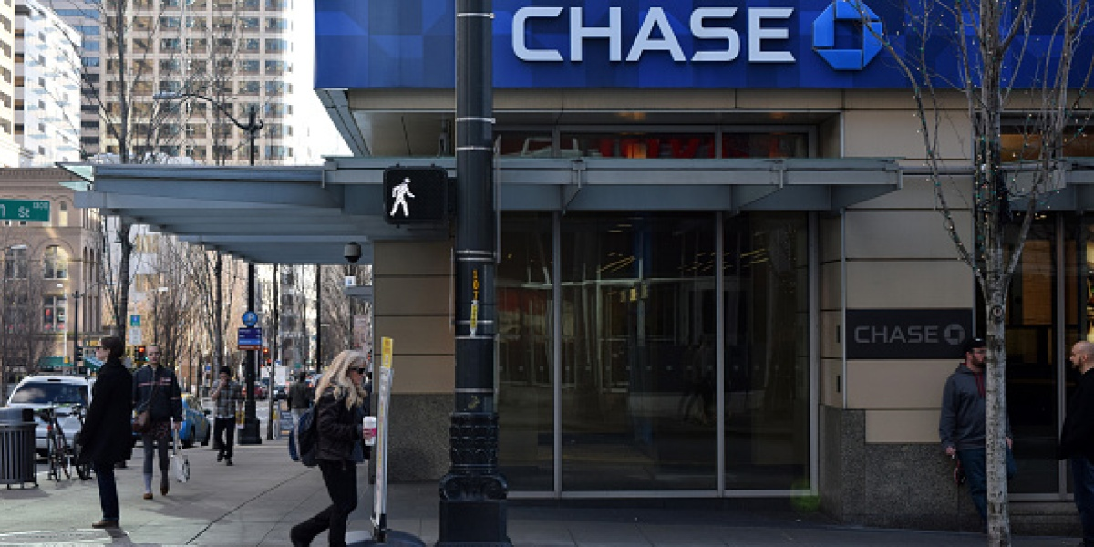 JPMorgan Chase: Why It's Opening Bank Branches and Bucking A Trend