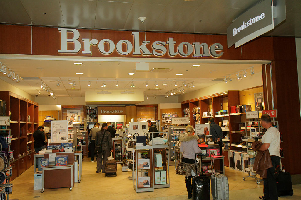 Miami International Airport, Brookstone.