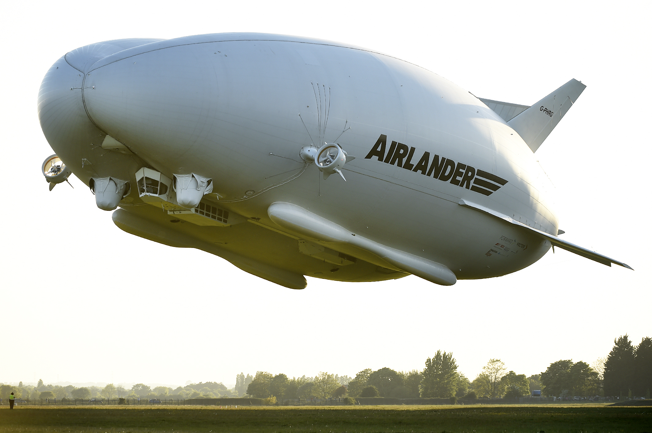 Airlander 10 Takes To Skies For First Time Since Crash