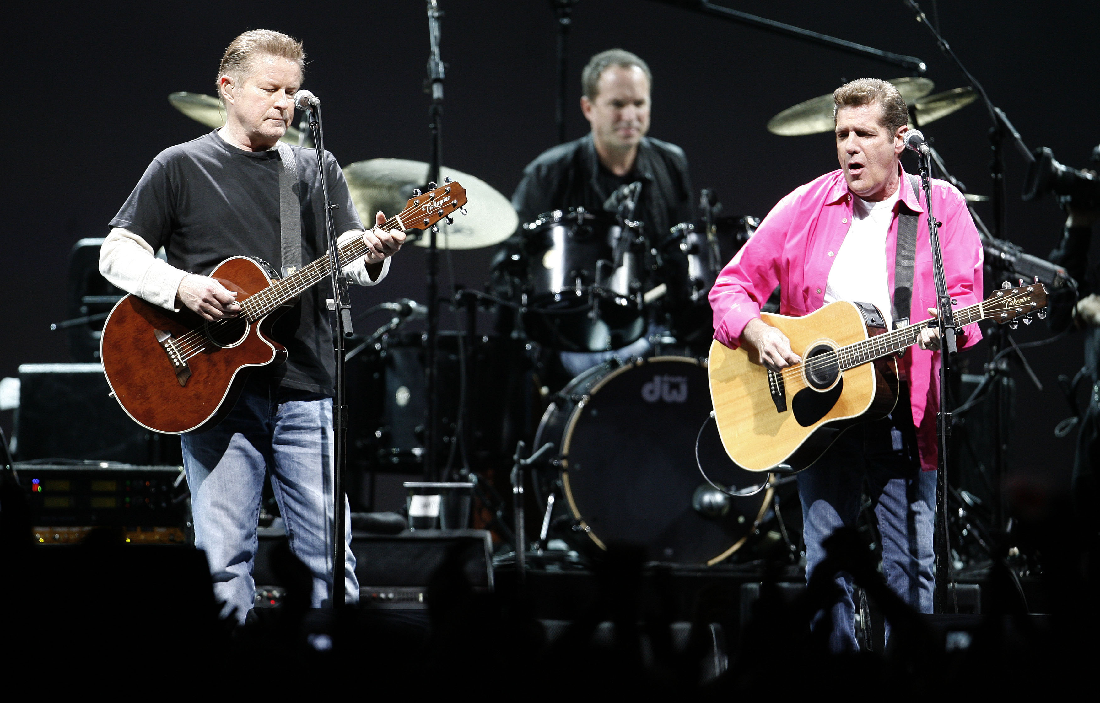 Frey and Henley perform during a concert in Lisbon