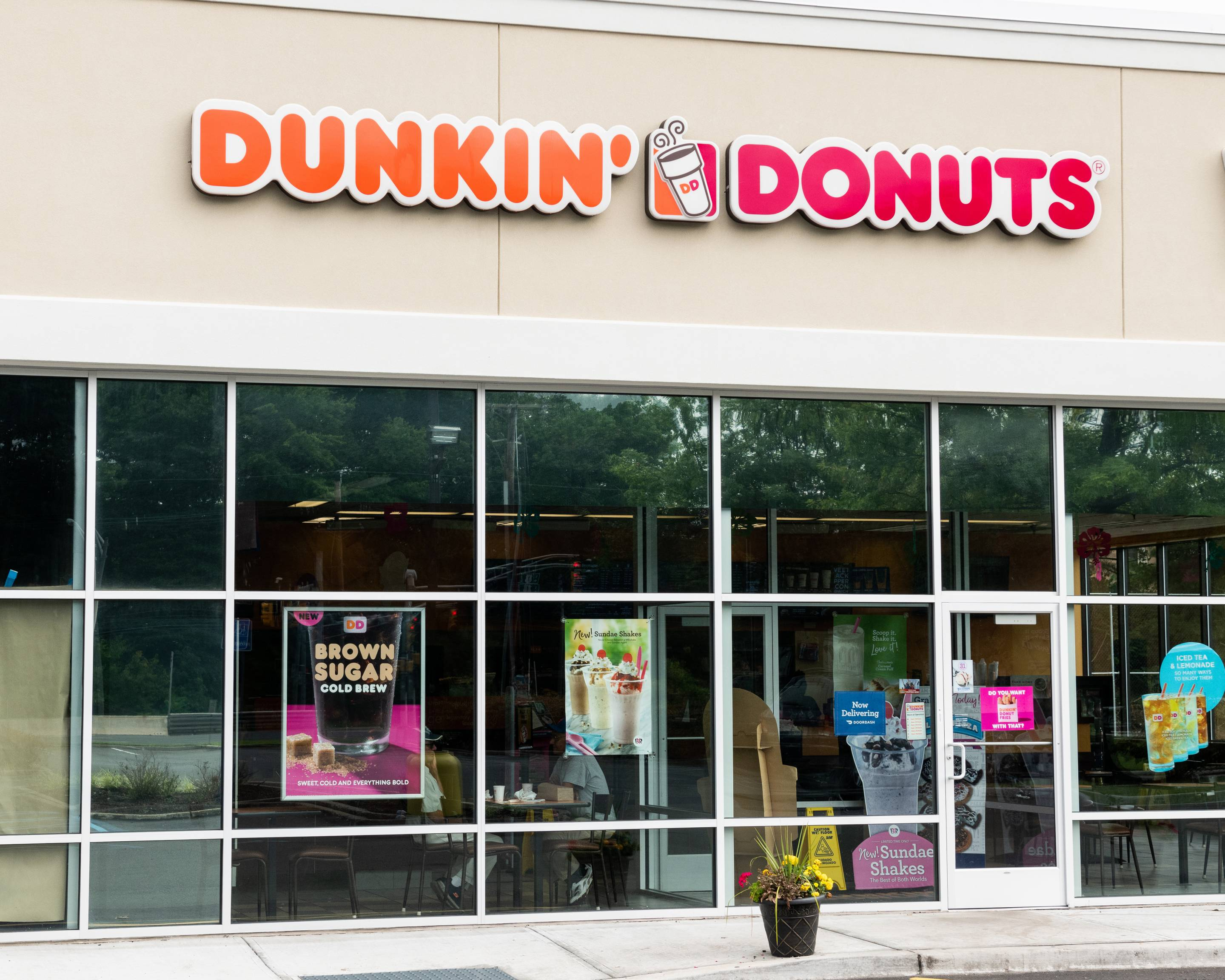 Dunkin' Donuts Is Getting a Name Change | Fortune