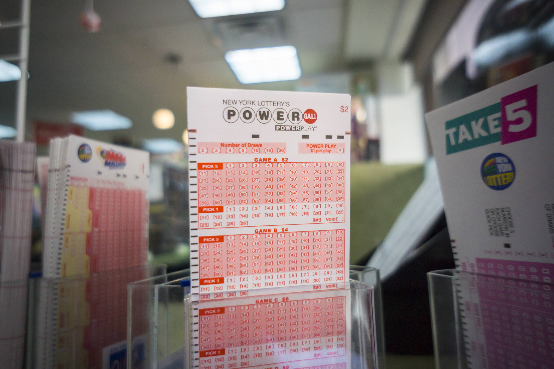 Powerball lottery jackpot reaches a record $1.3 billion