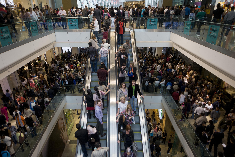 holiday-shopping-mall