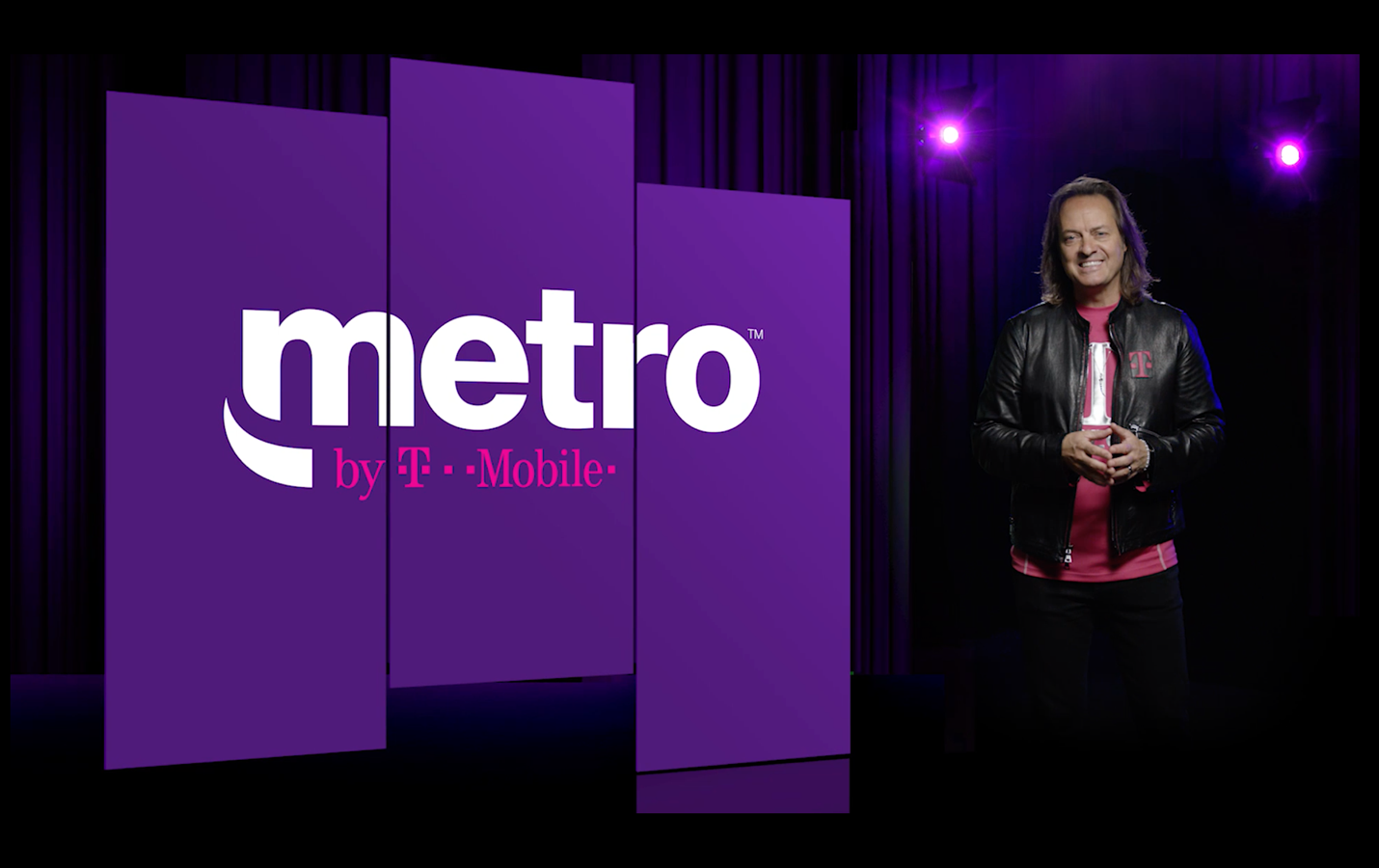 MetroPCS chnage sits name to metro by T-Mobile