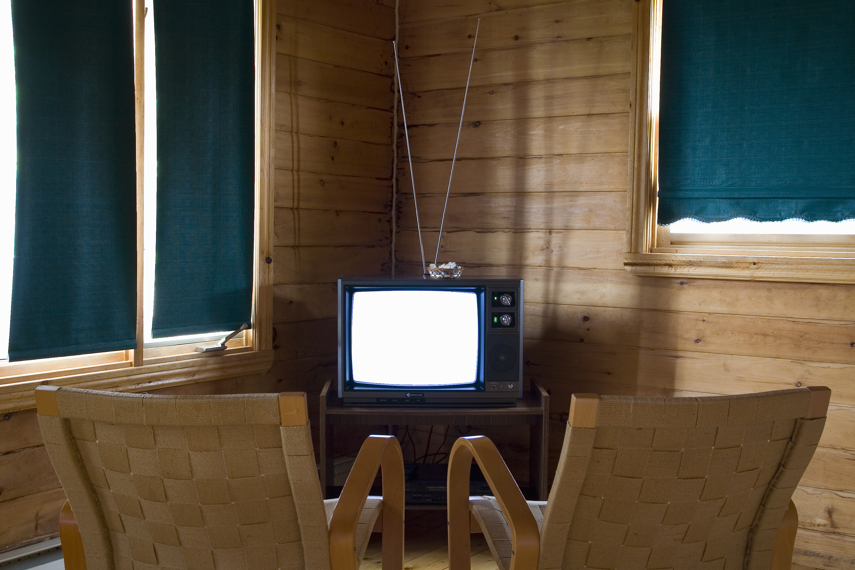 switzerland-tv-antenna