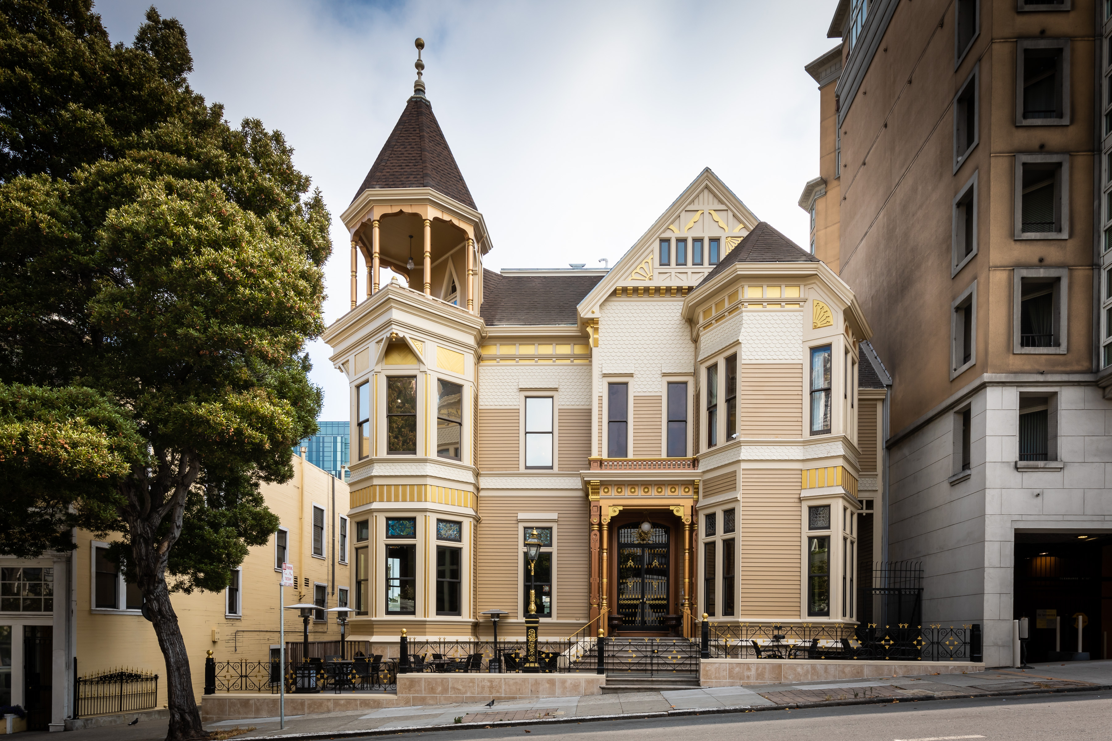 San Francisco's Payne Mansion was the city's most expensive Airbnb. Under new owners it will become a boutique hotel and French restaurant.