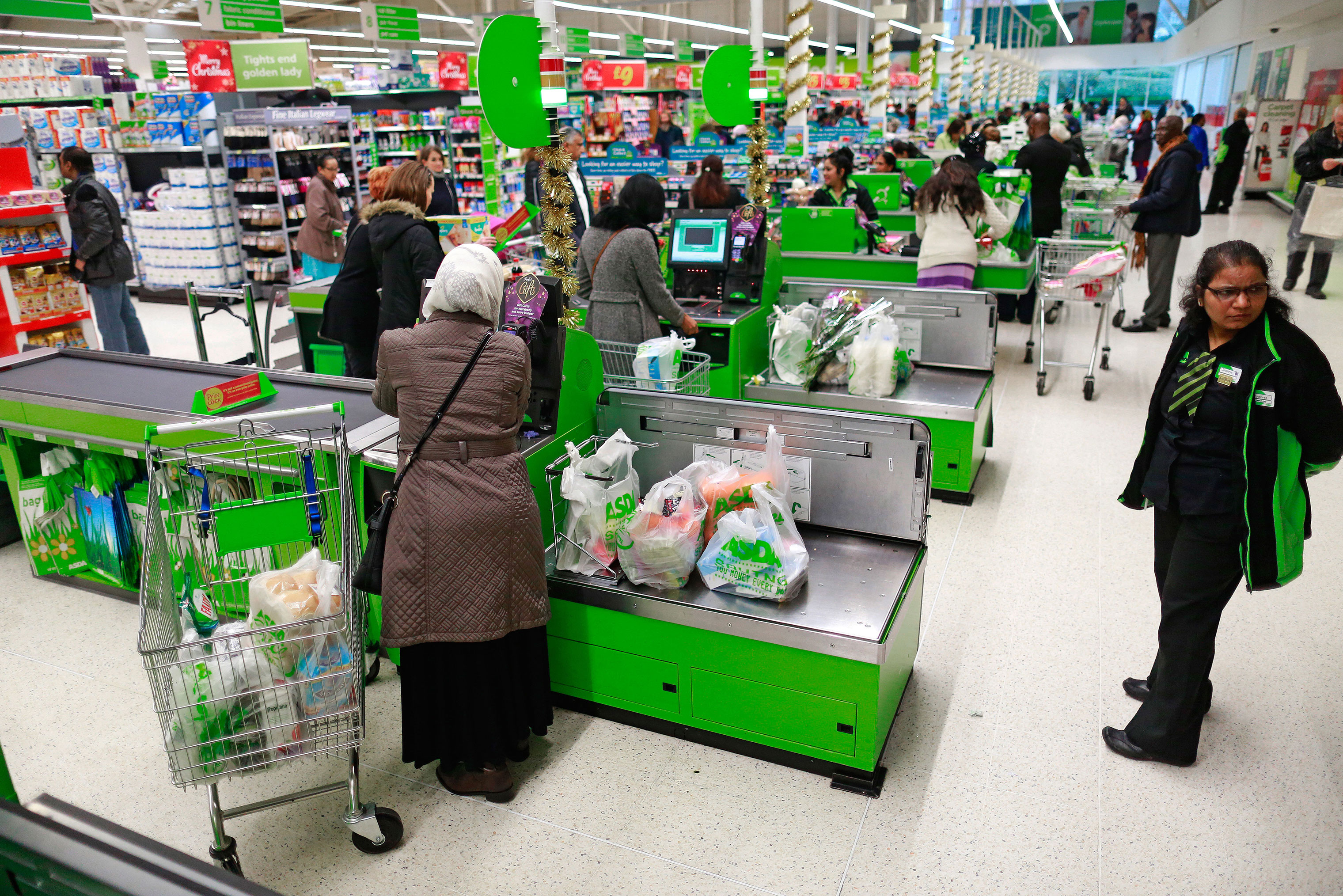 File: Sainsbury Buys Asda In 7 Billion-Pound Deal