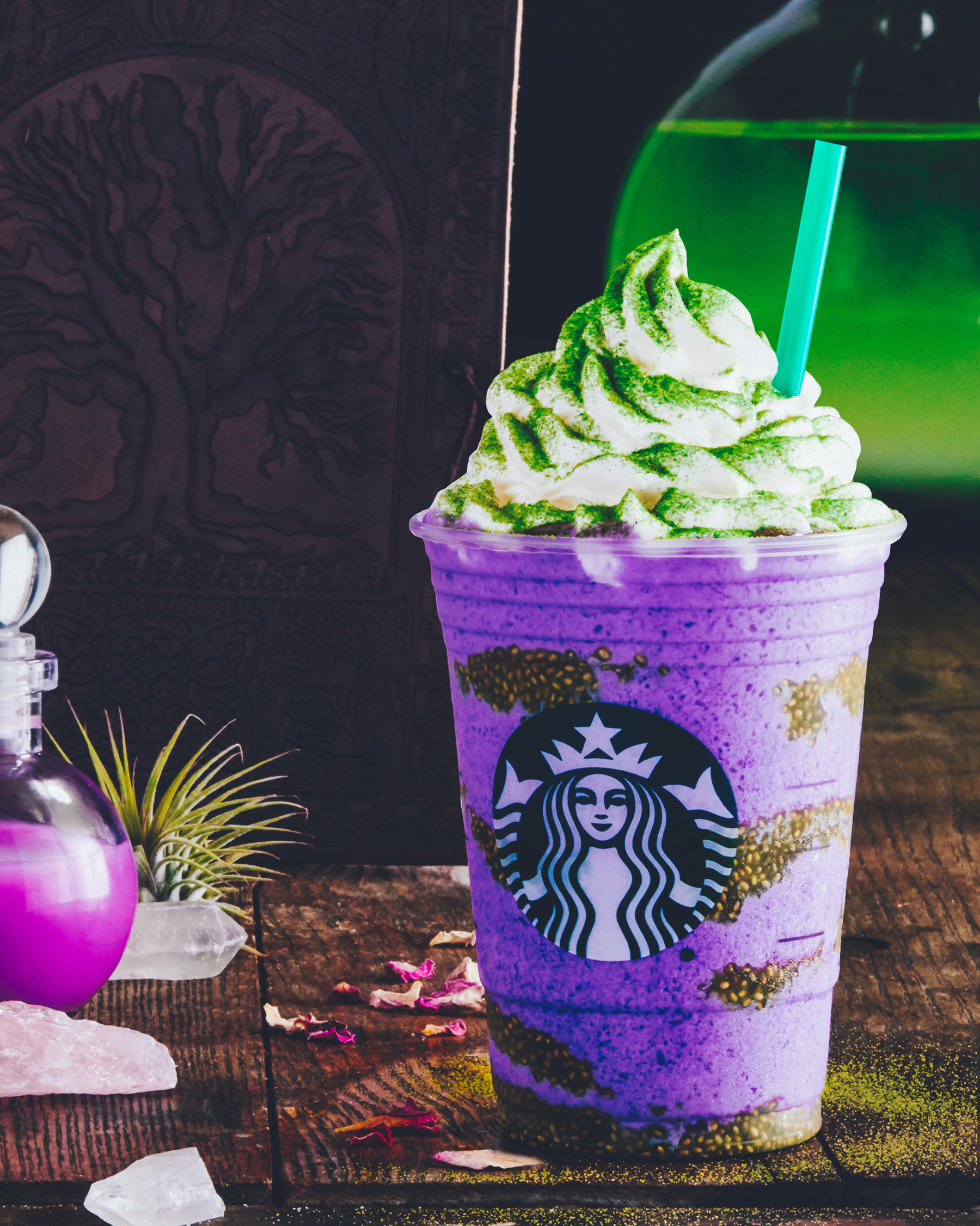 Starbucks new Halloween Witch's Brew Frappuccino (Starbucks)