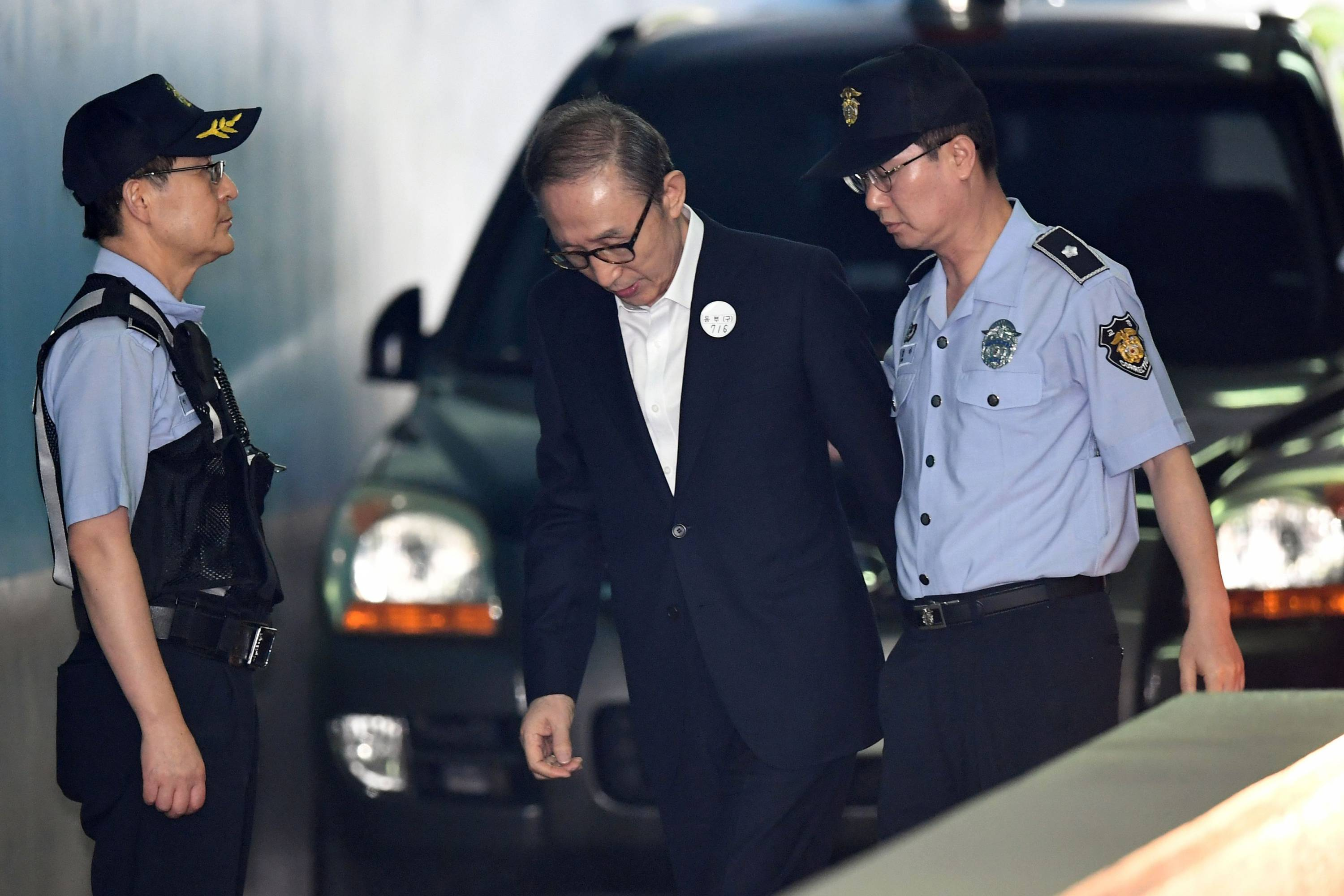 SKOREA-POLITICS-CORRUPTION-LEE