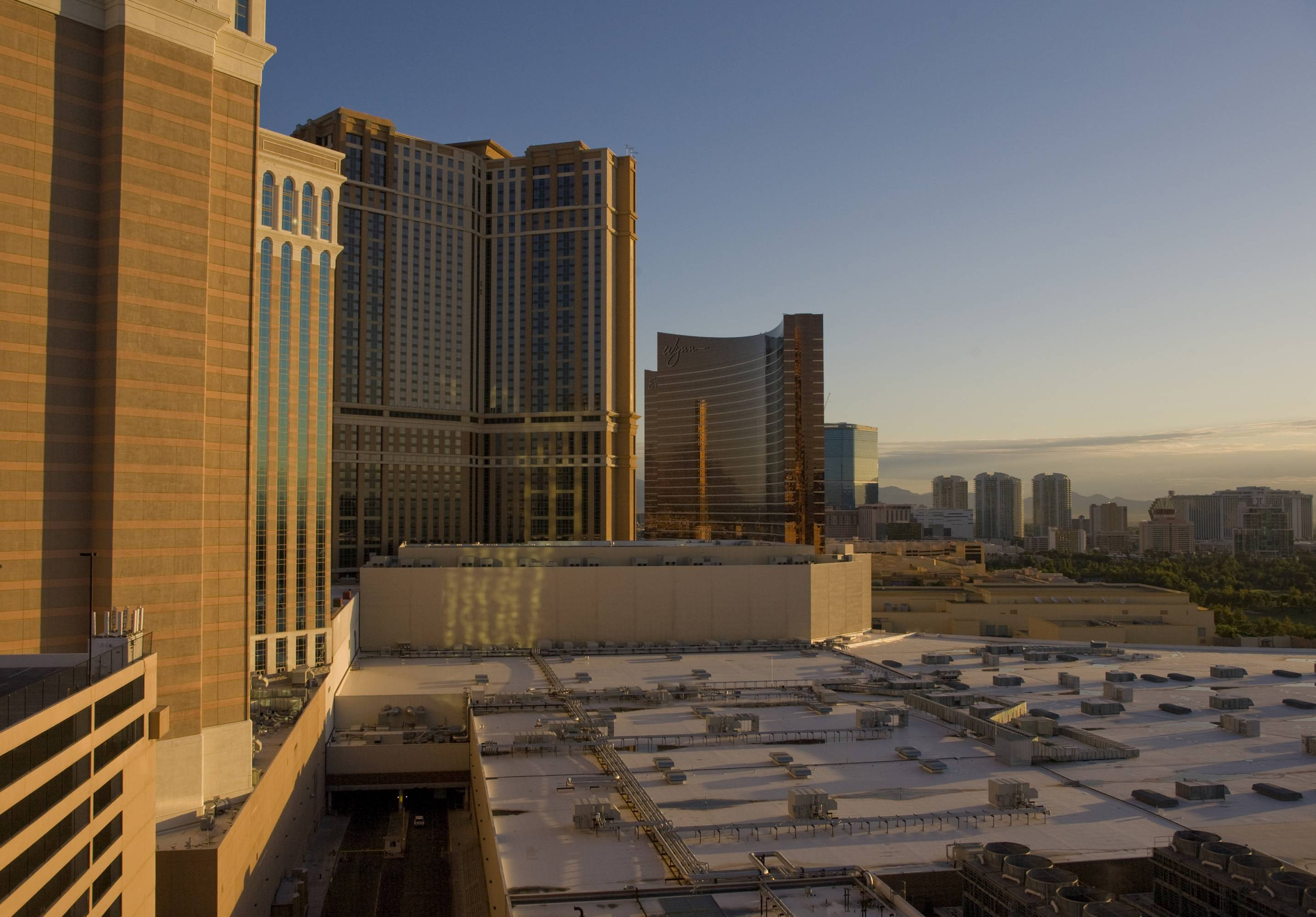 Economic Downturn Continues in Las Vegas