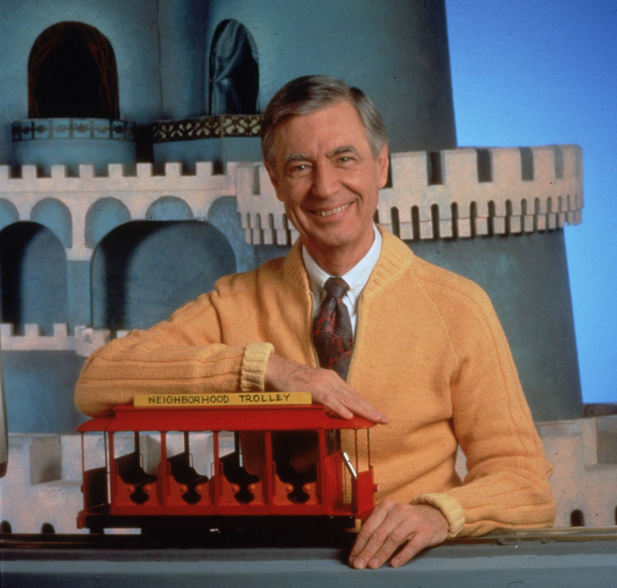 Mister Rogers Stars In Tv Ad For Google Pixel 3 Phone Fortune