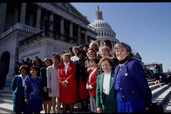 48 FEMALE MEMBER IN AMERICAN CONGRESS