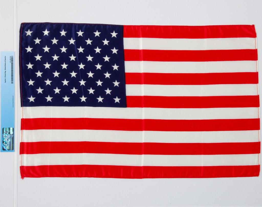 Heritage Auctions-Apollo mission flag