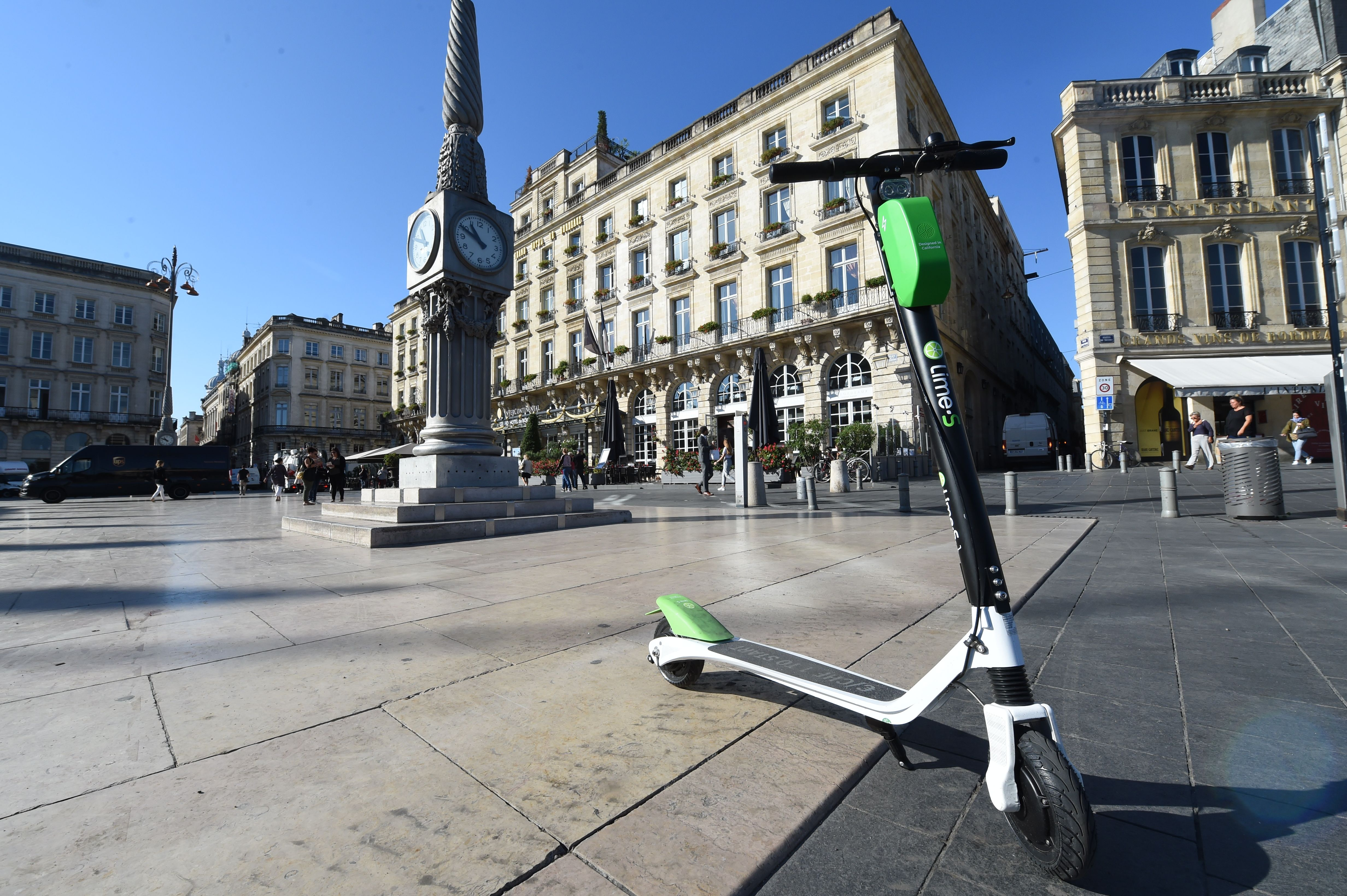 FRANCE-TRANSPORT-ELECTRIC-SCOOTER