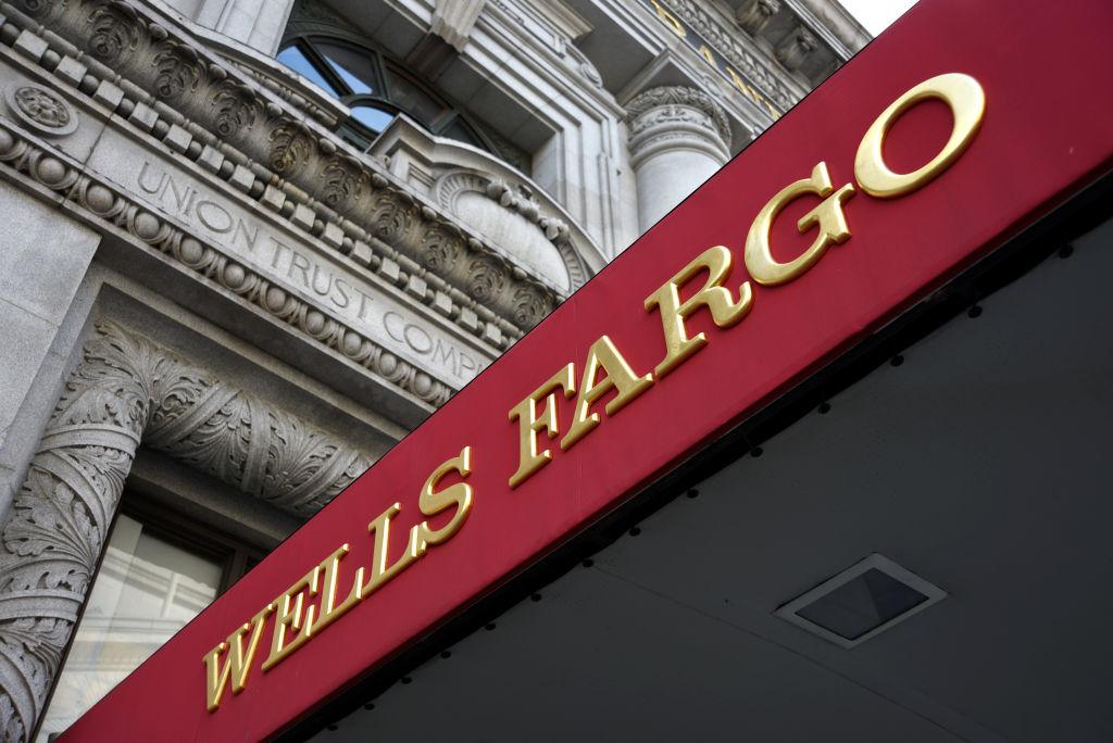 Wells Fargo: 545 Mistaken Home Foreclosures Due to Computer