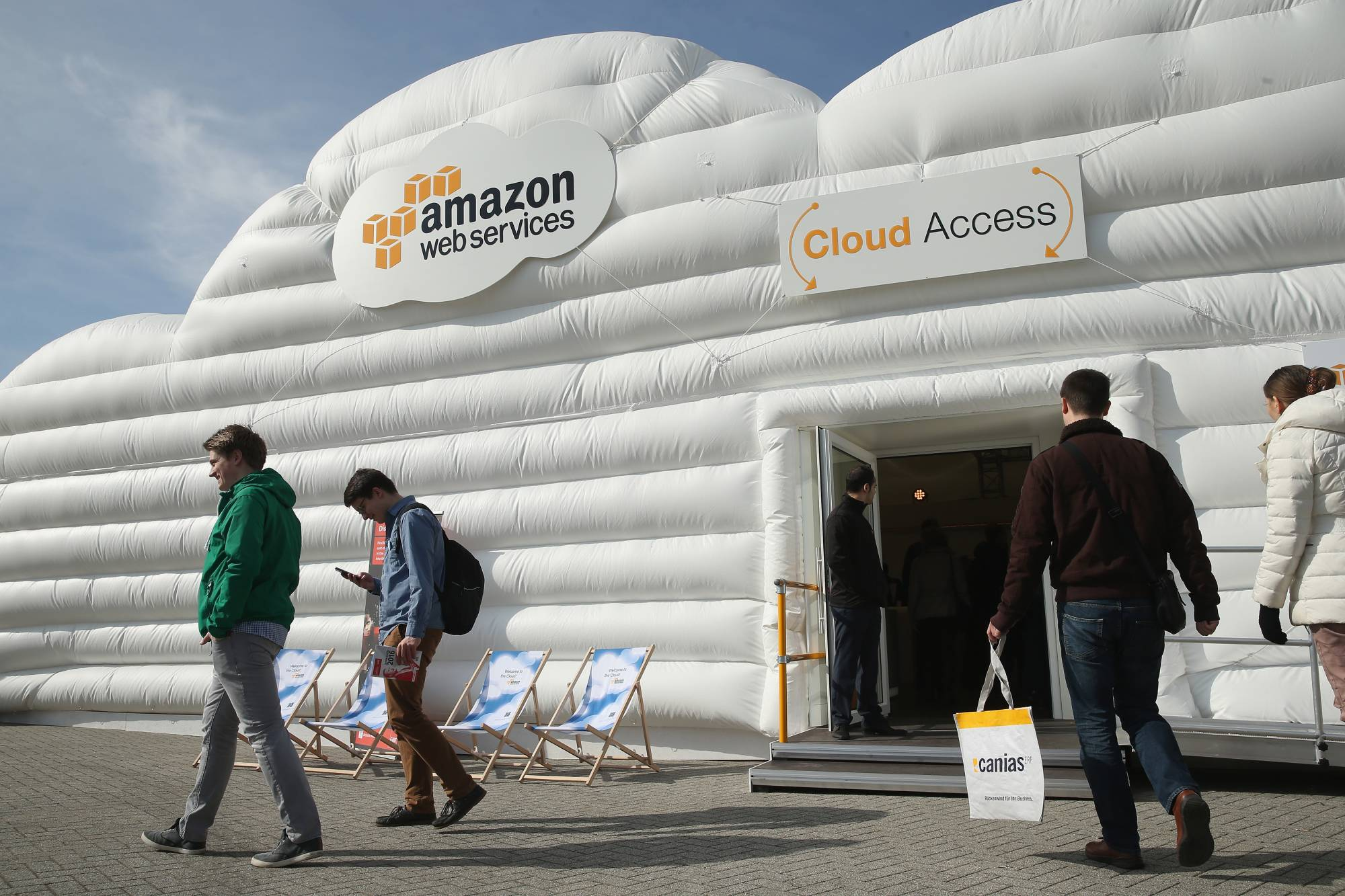 Amazon Web Servces just opened a new cloud for the government.