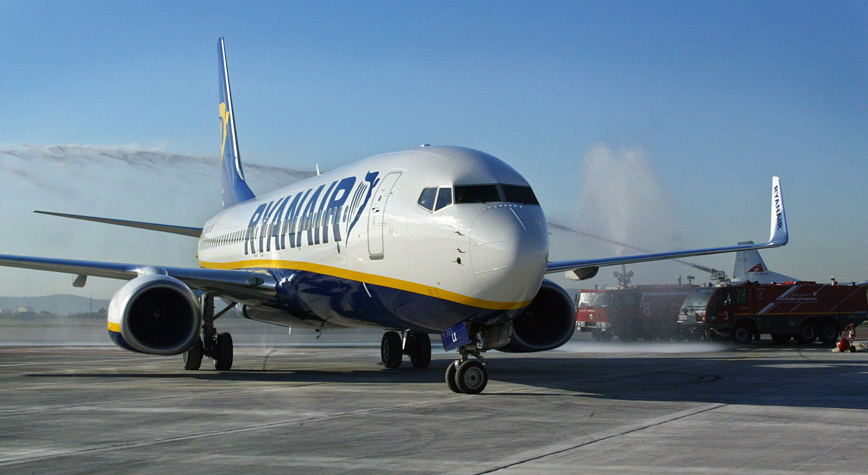 An Irish air company Ryanair Boeing 737-