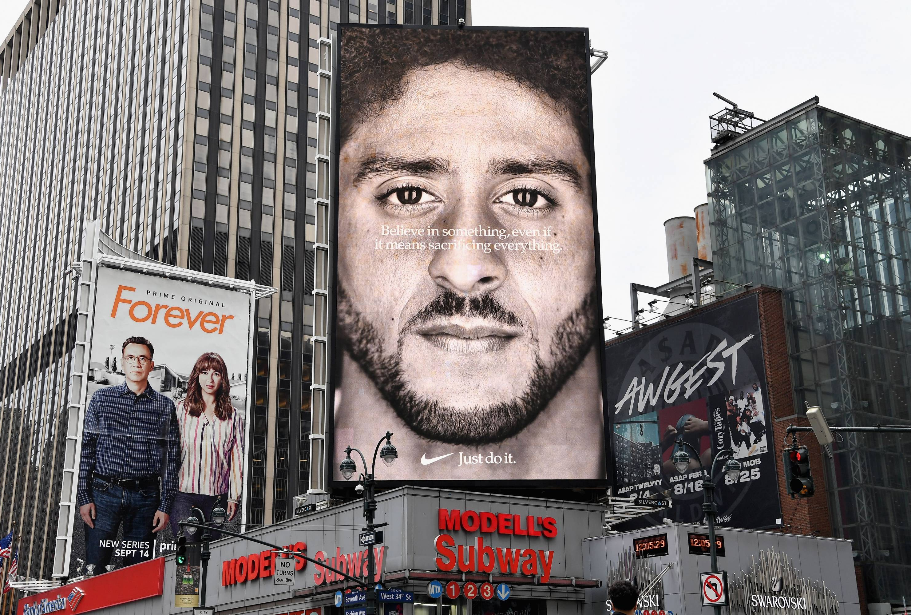 US-AMFOOT-NFL-MARKETING-NIKE-KAEPERNICK-POLITICS